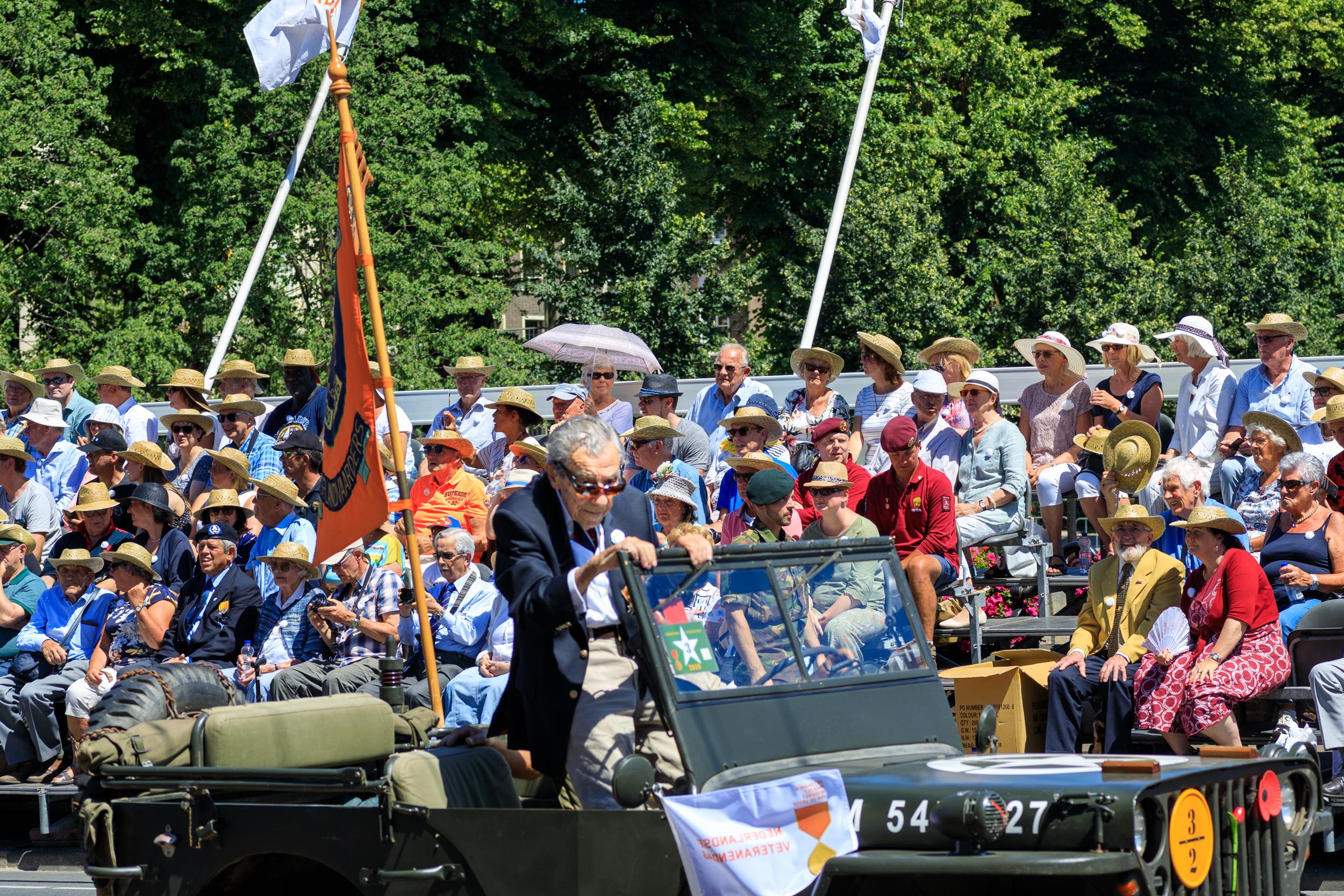 Veteranendag 2019 Kneuterdijk-3.jpg