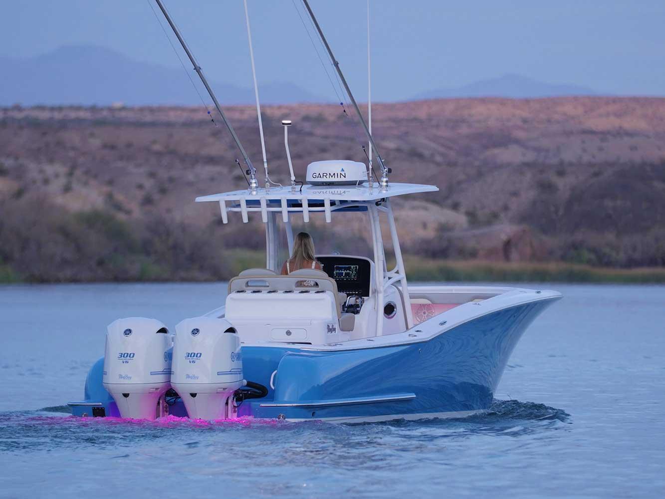 Yacht-behind-image.jpg