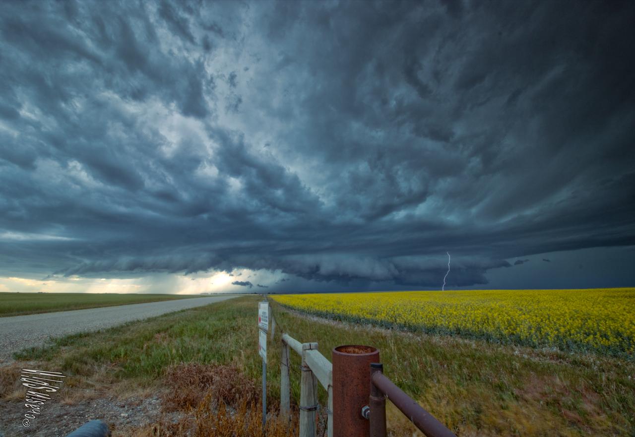 Tornado storm photo.