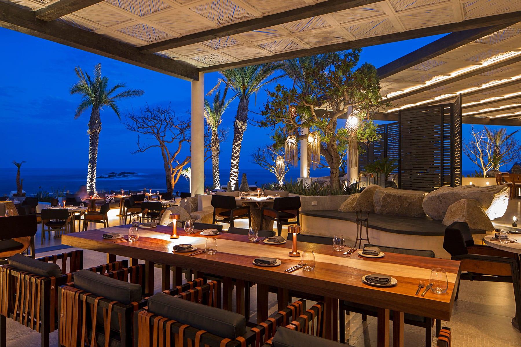 comal-cabo-restaurant-night.jpg