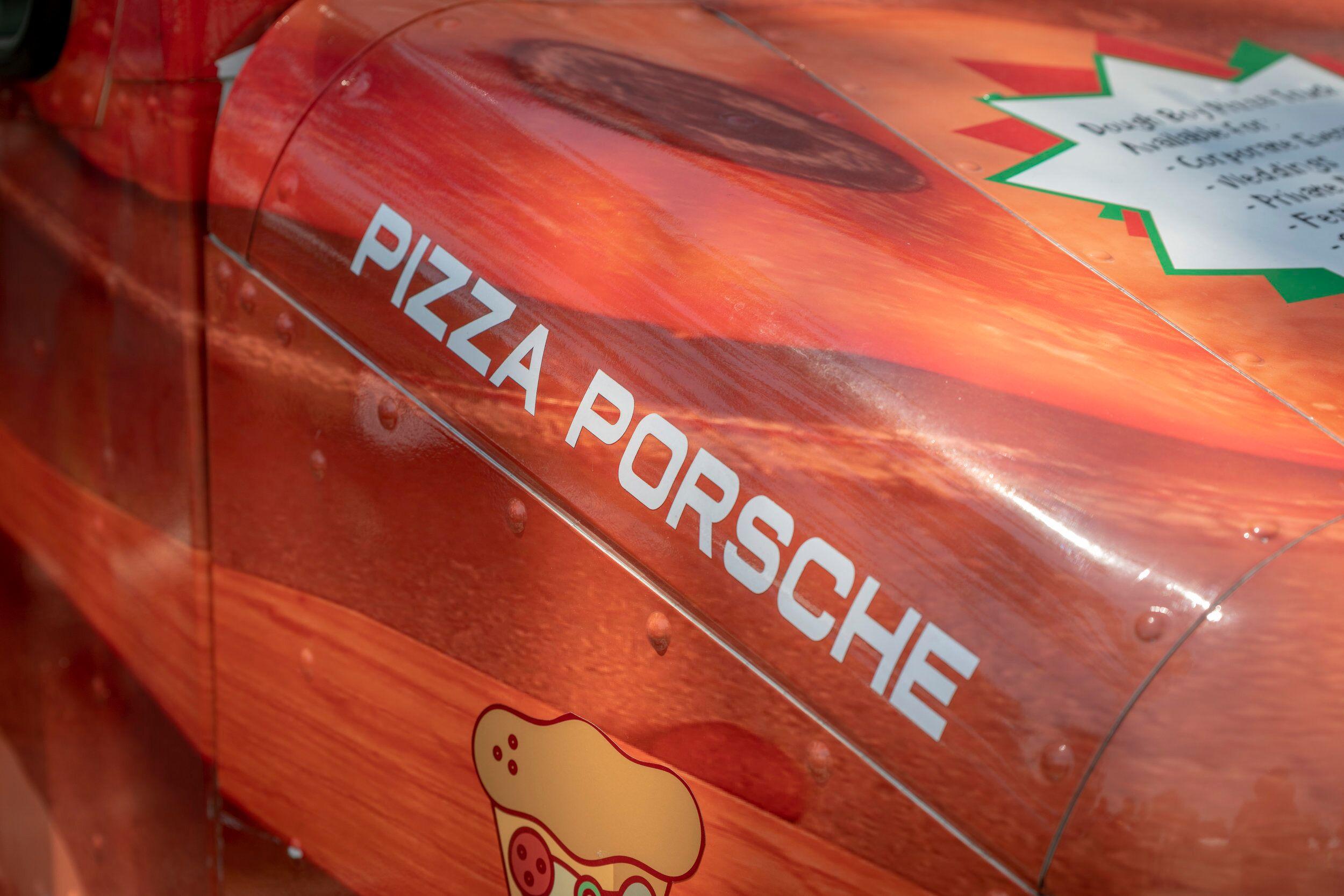 pizza porche.jpeg