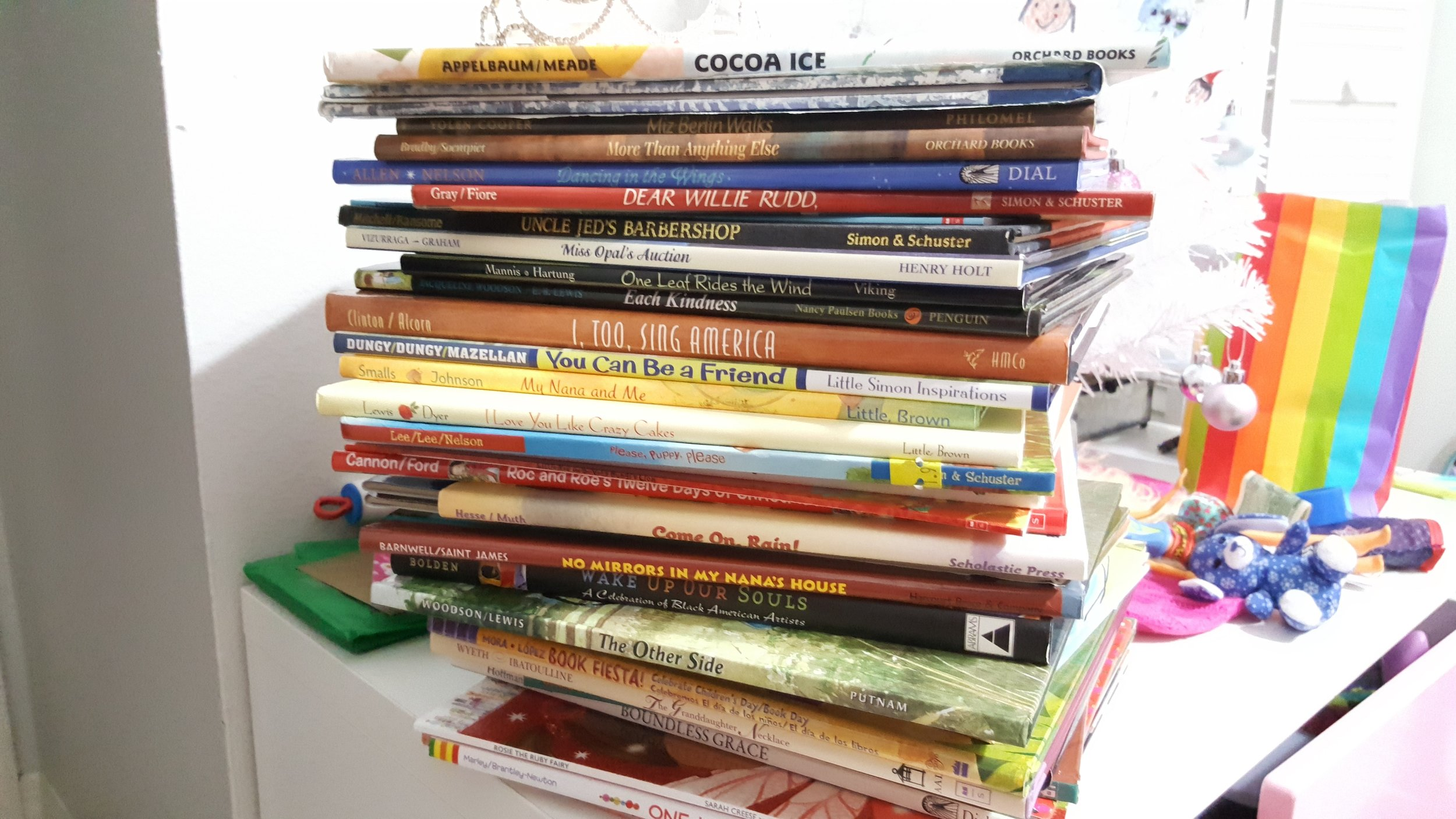Stack_Picture_Books.jpg