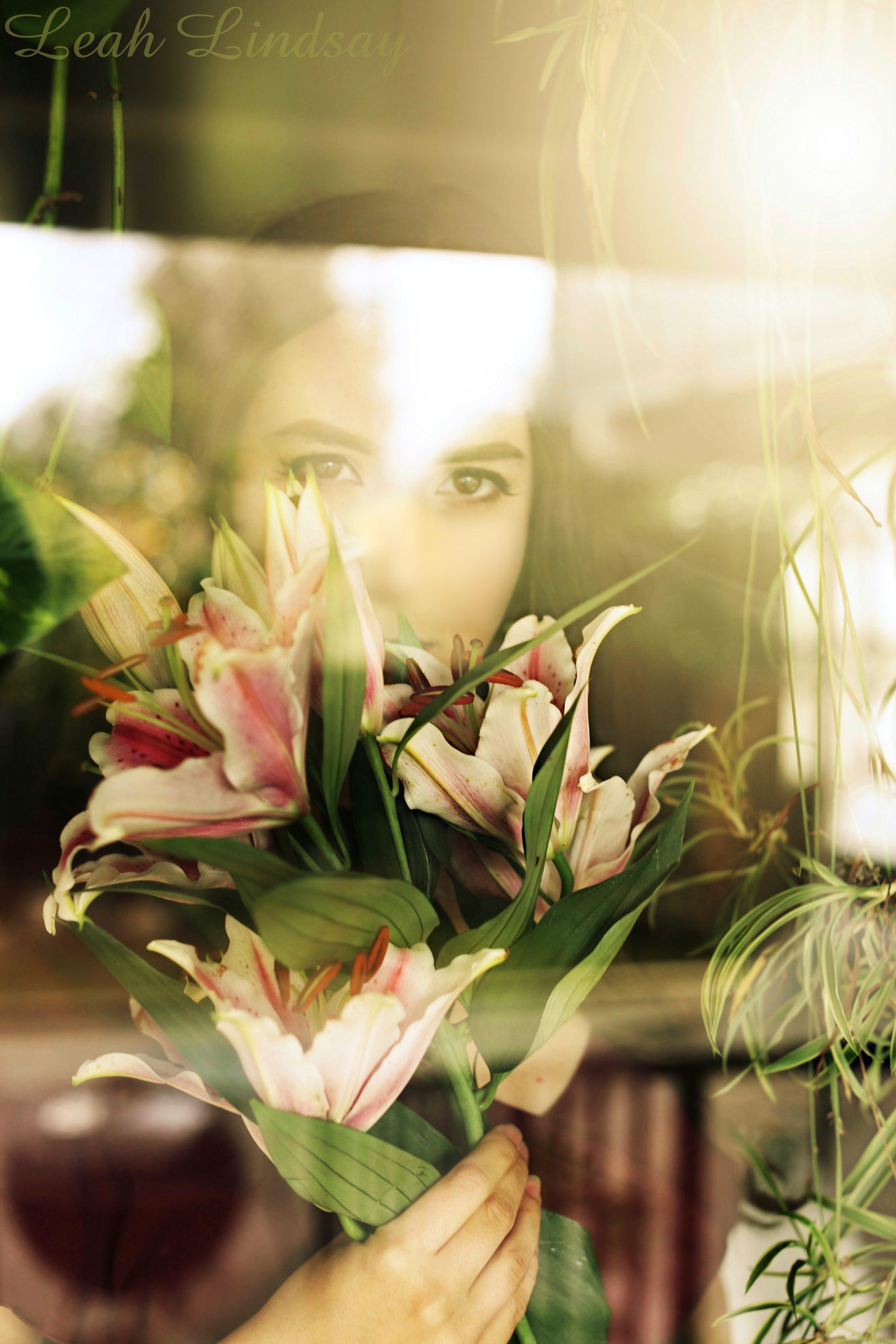 Leah Lindsay - All Natural Romantic Courtesan