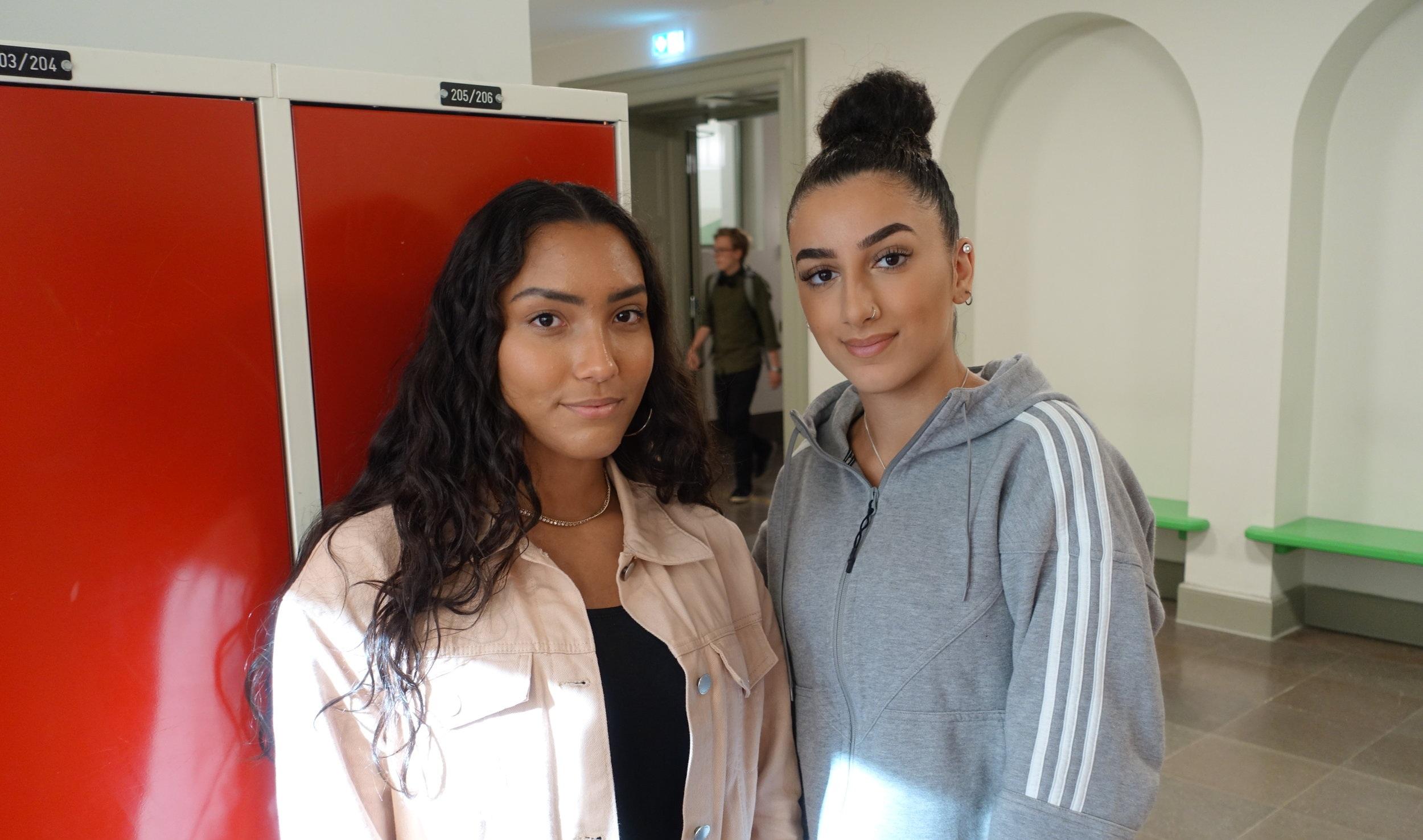 Linah Gillman och Julia Mourad startade en People of color-förening på Anna Whitlocks gymnasium.