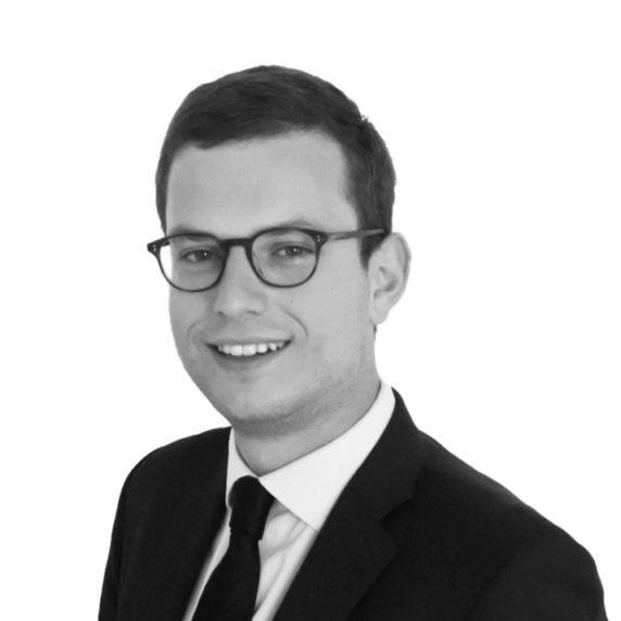 Adrien Rouger   Directeur Adjoint   Email  |  Linkedin
