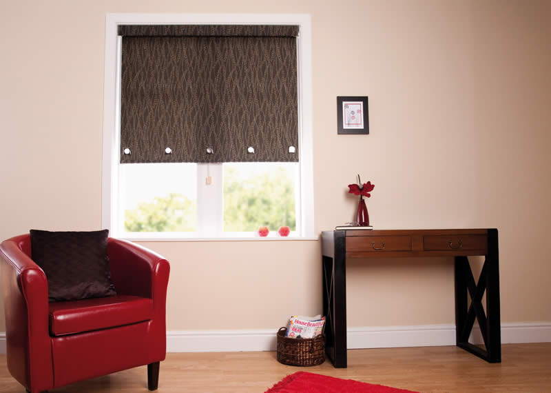 Senses Roller Blinds      For a contemporary looking blind with the Senses Blinds' slow-rise spring mechanism meaning no cords or chains.