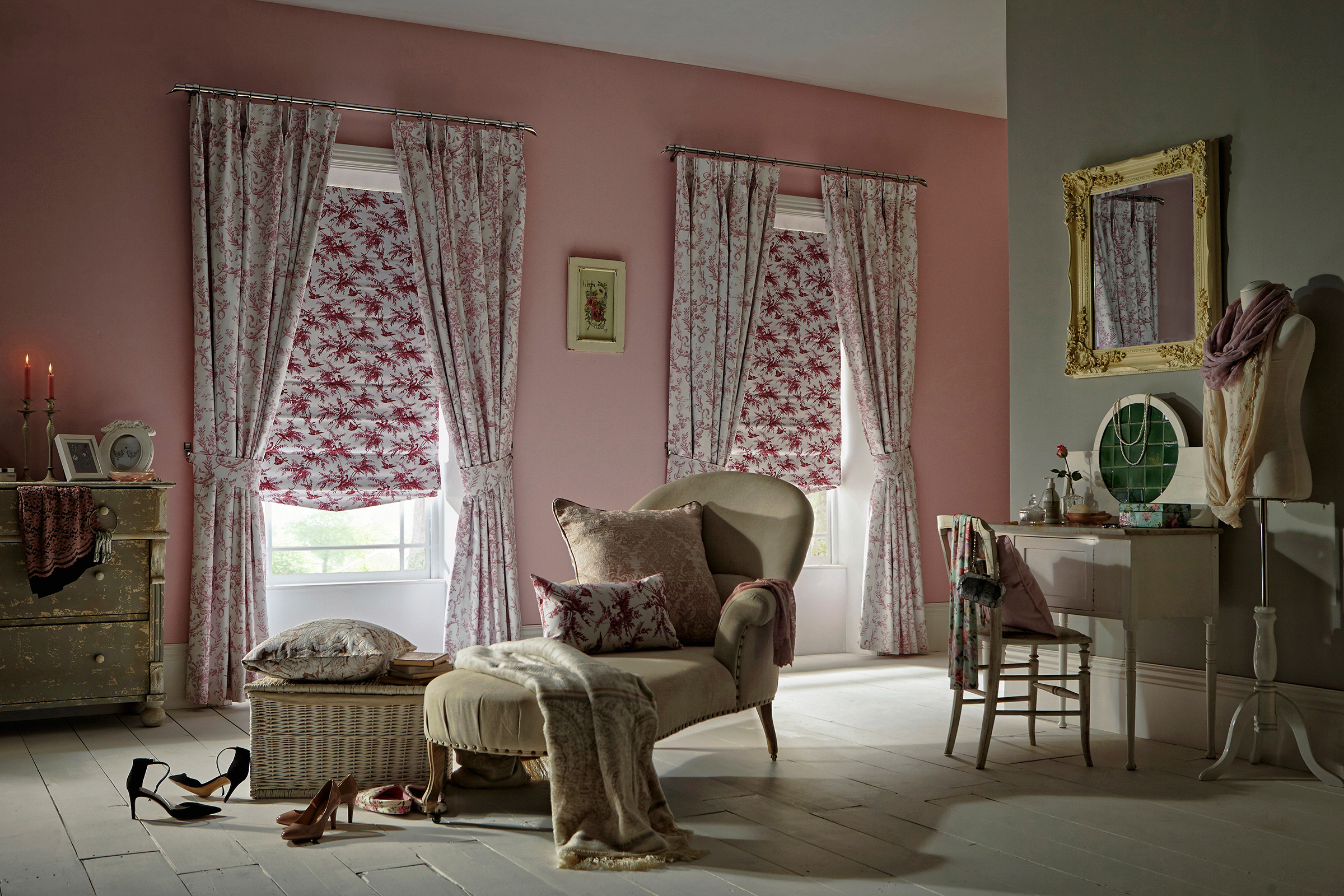 Mertan Rose Curtain_Piamento Rose Roman Room.jpg