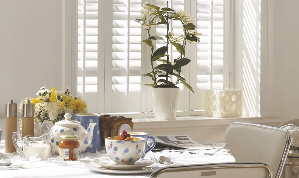 shutters-solid-cafe-white-tablet.jpg
