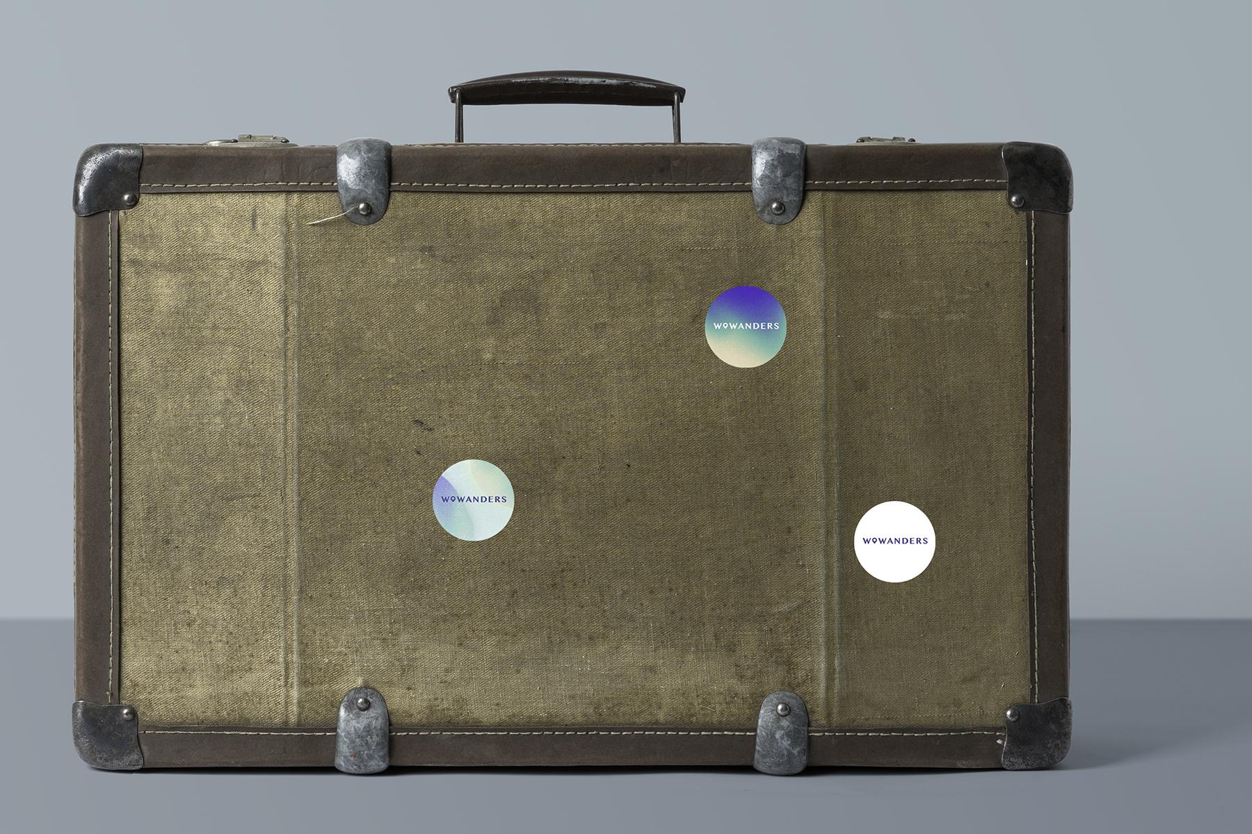 Sticker_Design_Suitcase_Luggage_Wowanders.jpg
