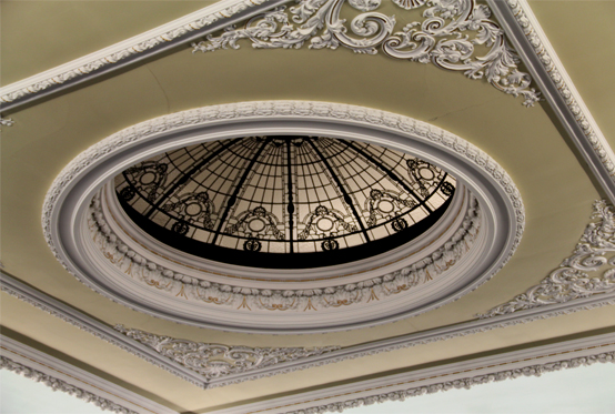 Detailed-ceiling-of-Playfair-Hall.jpg