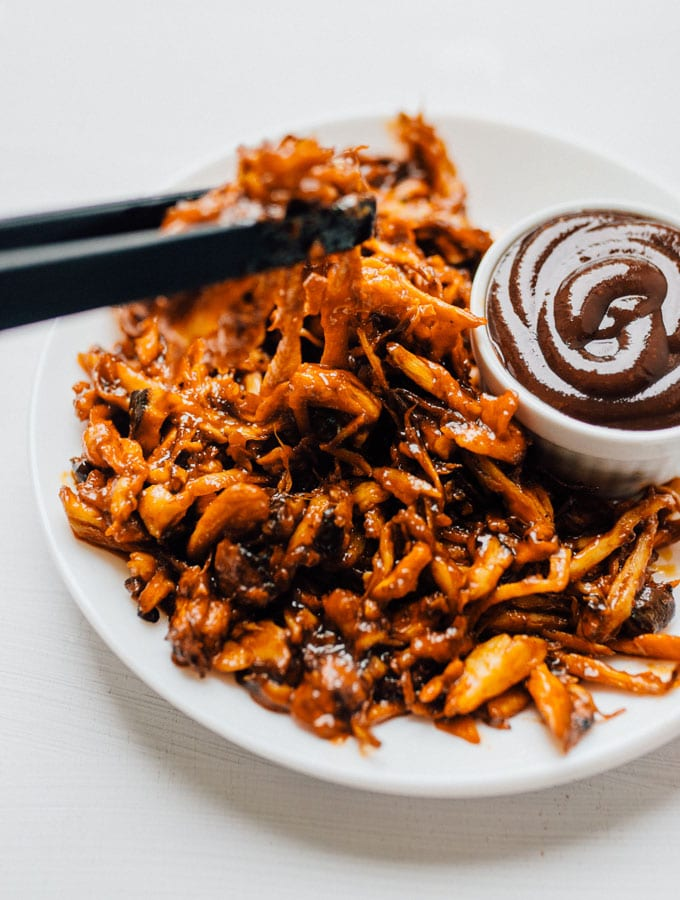Mushroom Pulled Pork - Image copyright Live Eat Learn. Click image to view original recipe.