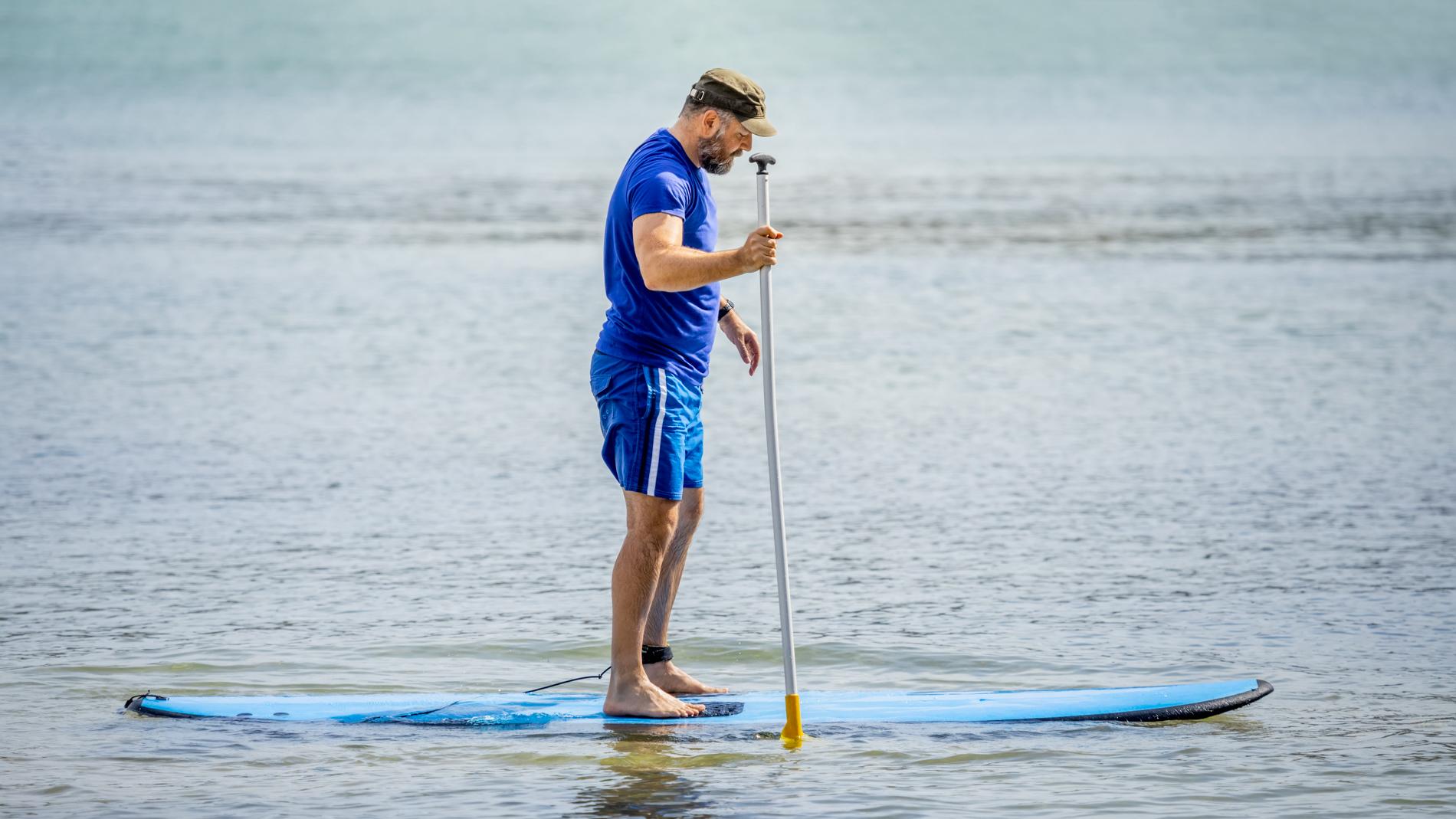 Tapaamme Levin matkailun edessä, josta kävelemme Immeljärven rannalle. Opas kertoo SUP-lautailun perusteista. Suppailemme nauttien hiljaisuudesta ja upeista maisemista. Ota mukaasi vesipullo ja mukavat vaatteet, joita ei haittaa kastuminen.  LUE LISÄÄ TÄÄLTÄ