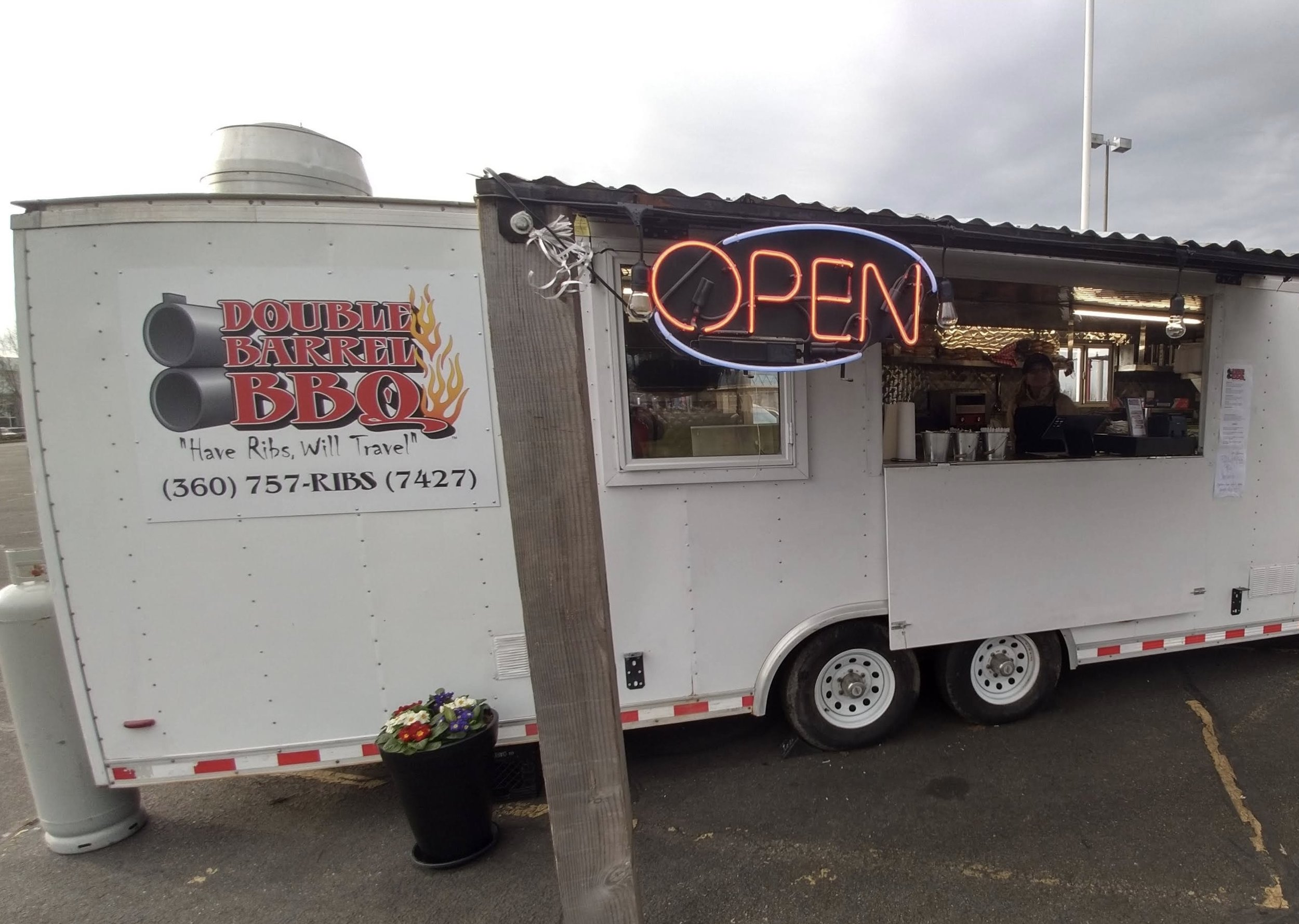 Double Barrell BBQ - BBQFind on FacebookWebsite: www.doublebarrel.comPhone: 206 -771-1512Email: nancy@doublebarrelbbq.comAvailable for cateringAlso serves in Mount Vernon, Sedro Woolley & Burlington