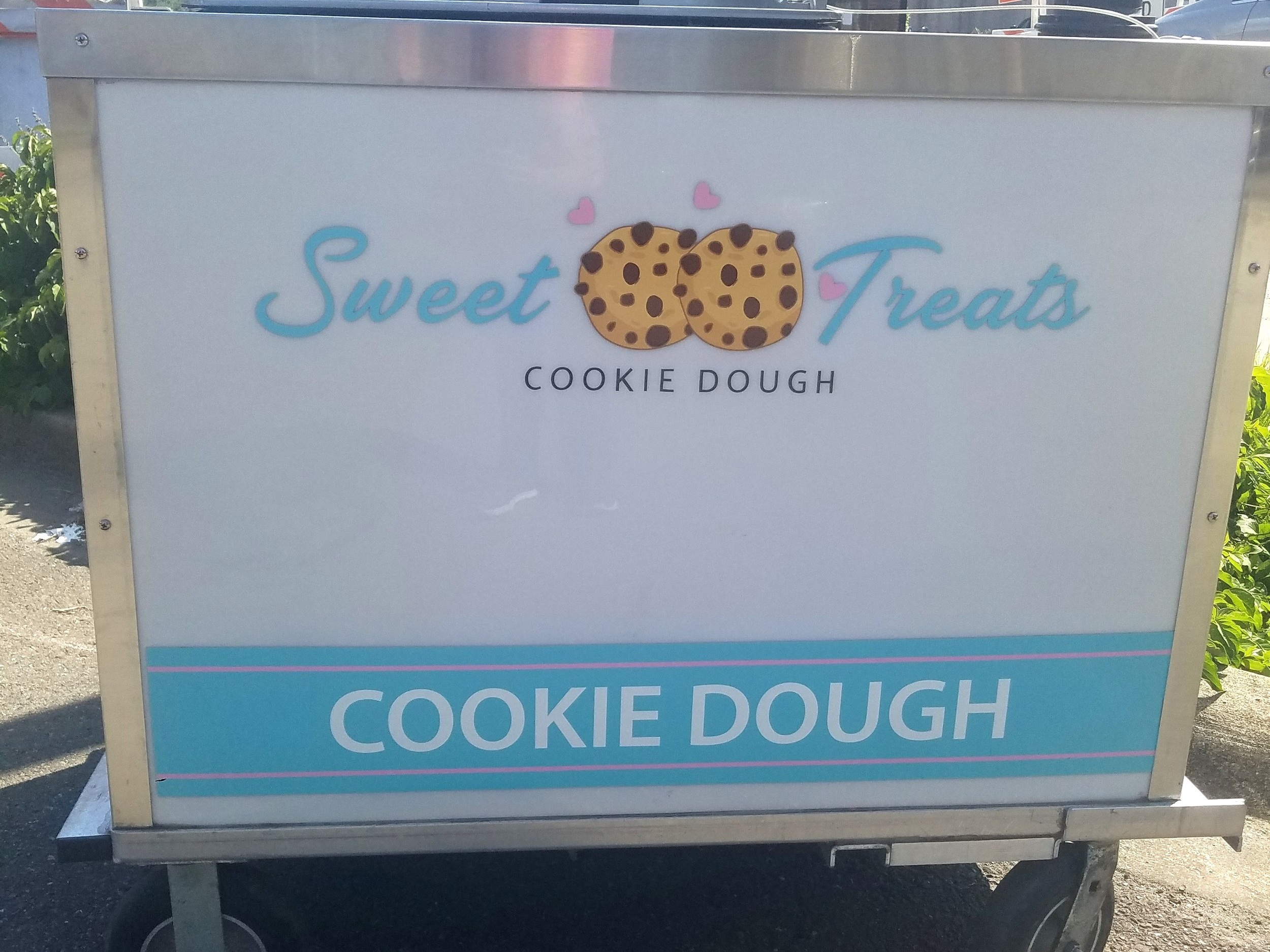 Sweet Treats - Edible cookie dough and cookie dough treatsFind on FacebookWebsite: http://www.sweettreatscookiedough.comPhone: (425) 785-5239Email: info@sweettreatscookiedough.comAvailable for cateringAlso serves in: Issaquah, Redmond, Bellevue