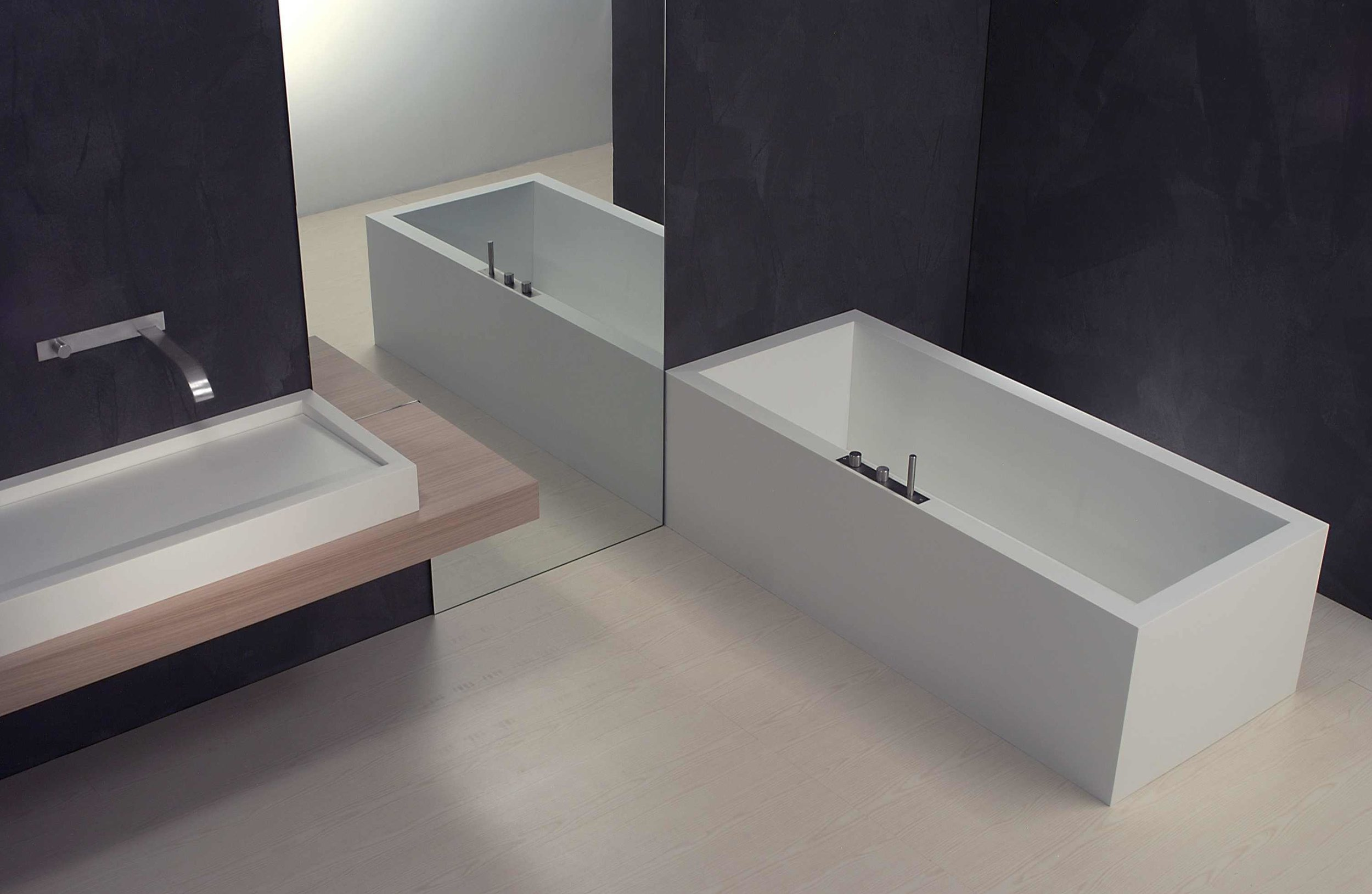 riflesso corian bath.jpg