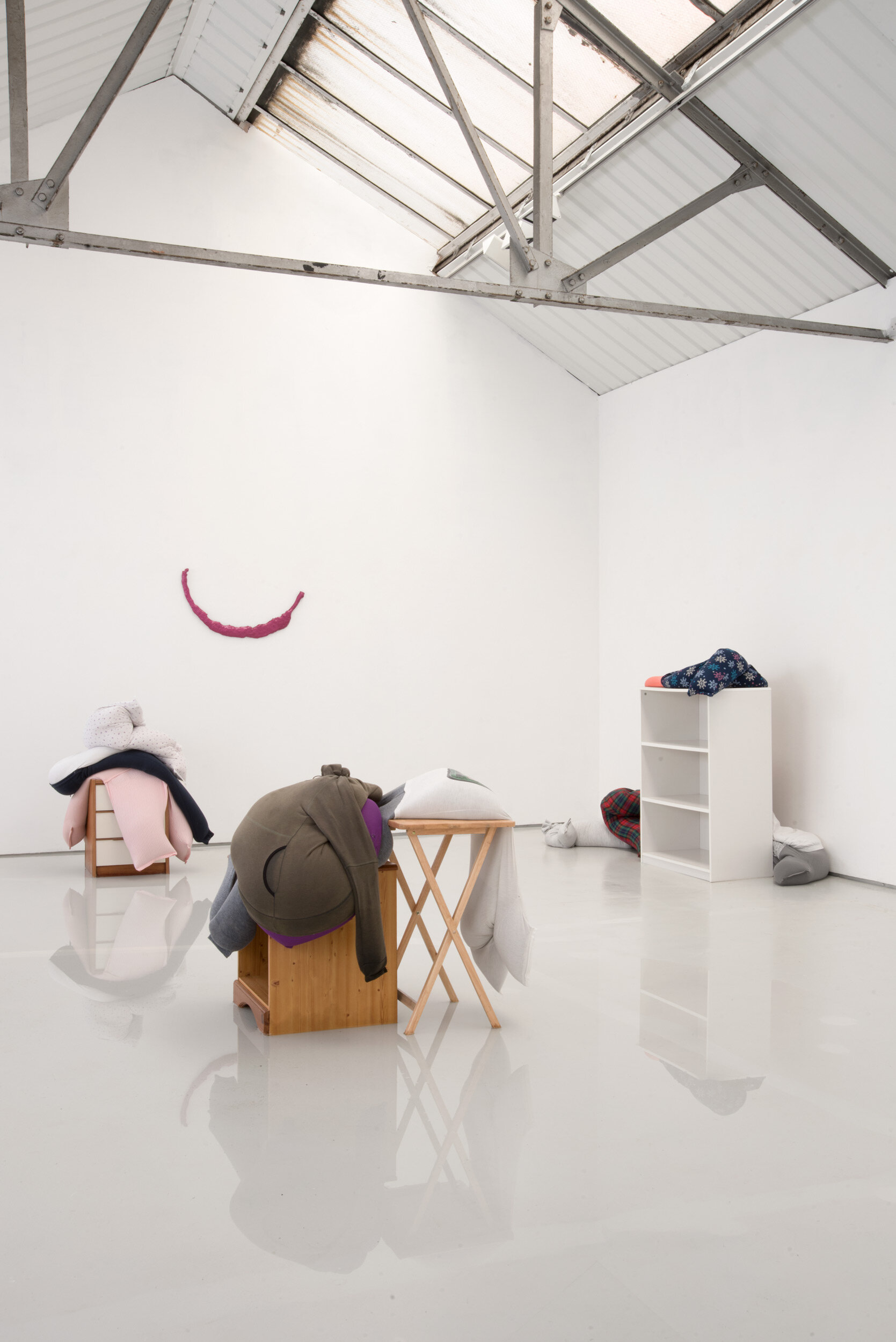 Fall, slump, drop on a bedside cabinet in water[...], Installation View, Alex Farrar, Bloc Projects, 2019, 6.jpg