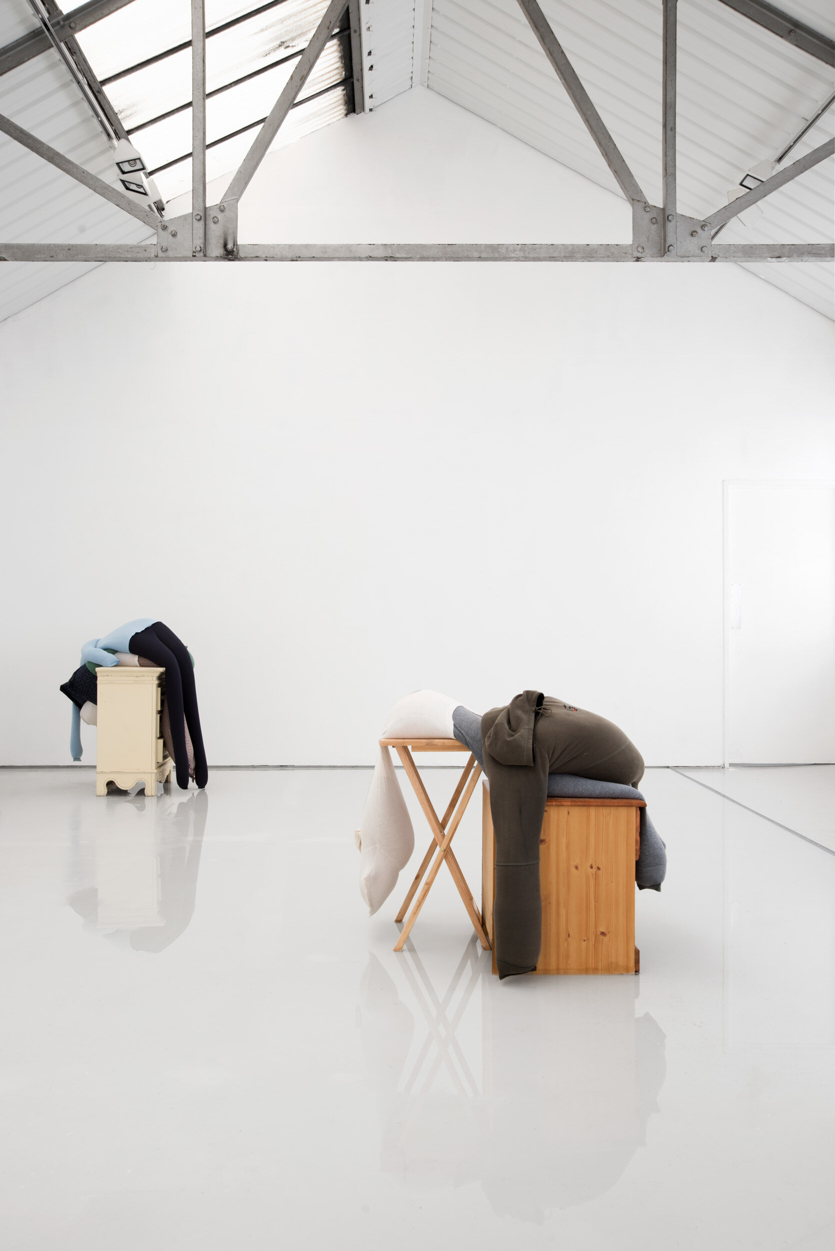 Fall, slump, drop on a bedside cabinet in water[...], Installation View, Alex Farrar, Bloc Projects, 2019, 4.jpg
