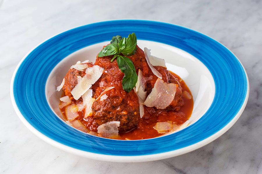 POLPETTE AL SUGO - Homemade meatballs with tomato sauce and Parmigiano reggiano