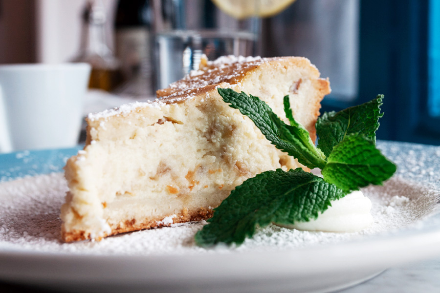 PASTIERA - Traditional Italian cake, made with ricotta and durum wheat.