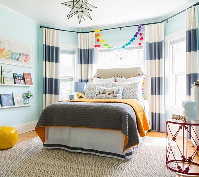 It's okay if you're over age 10 and you want this room.  Design | @honeyandfitz * * * * * #interiordesign #interiorsphotography #designinspiration #interiorstyling #jessicadelaneyphotography #homedecor #styling #architect #thatsdarling #fromwhereistand #livebeautifully #mydomaine #housebeautiful #howihaven, #bhghome, #myhousebeautiful #design