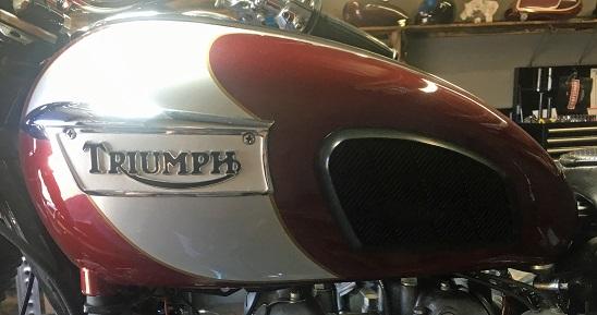 Triumph gas tank.jpg