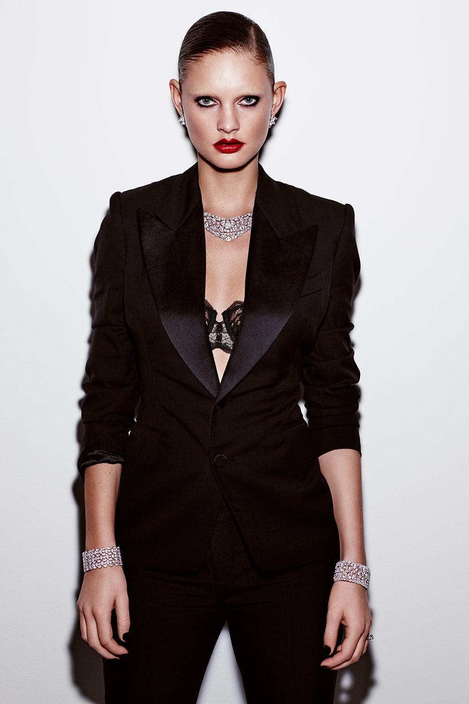 Fashion01_Page_03_Image_0001.jpg