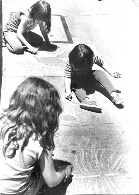 NB Festival History - Children Drawing with Chalk 08.JPG