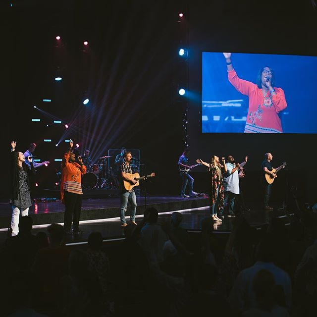 We loved worshipping with our fam today! Here's our set: ⠀⠀⠀⠀⠀⠀⠀⠀⠀ Your Great Name - @todddulaney1 ⠀⠀⠀⠀⠀⠀⠀⠀⠀ Tremble - @mosaicmsc ⠀⠀⠀⠀⠀⠀⠀⠀⠀ Another In The Fire - @hillsongunited