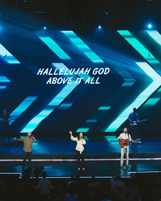 What was your fav song from worship today?👀👀 ⠀⠀⠀⠀⠀⠀⠀⠀⠀ Great Things - @philwickham ⠀⠀⠀⠀⠀⠀⠀⠀⠀ God is So Good - @patbarrett ⠀⠀⠀⠀⠀⠀⠀⠀⠀ Throne Room Song - @peopleandsongs