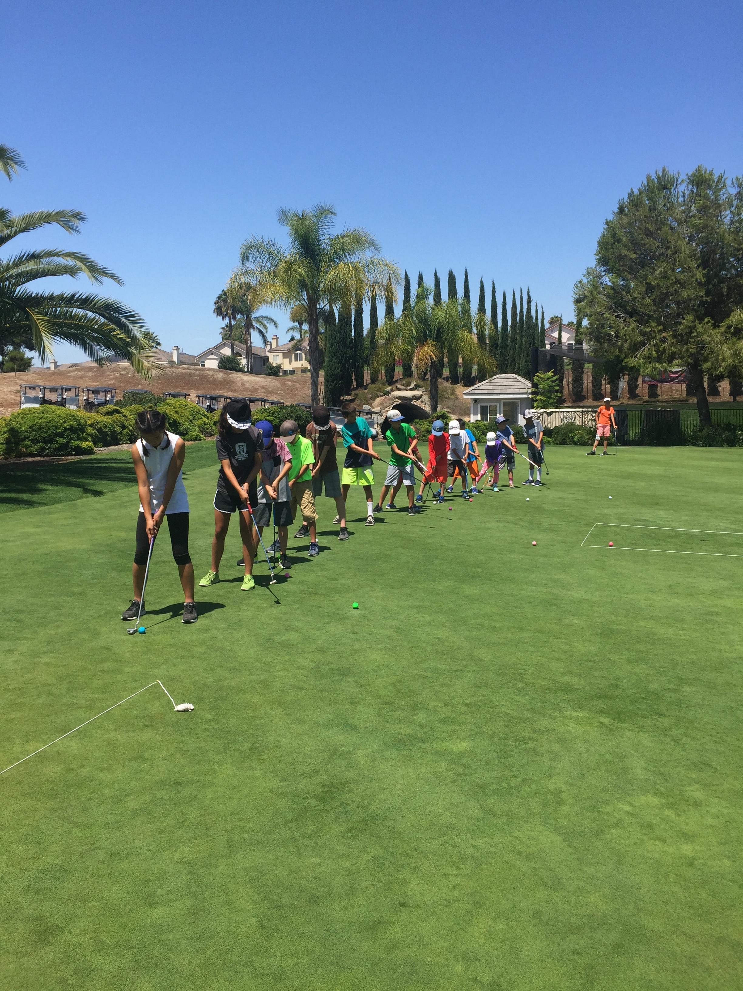Junior Golf Clinics.JPG