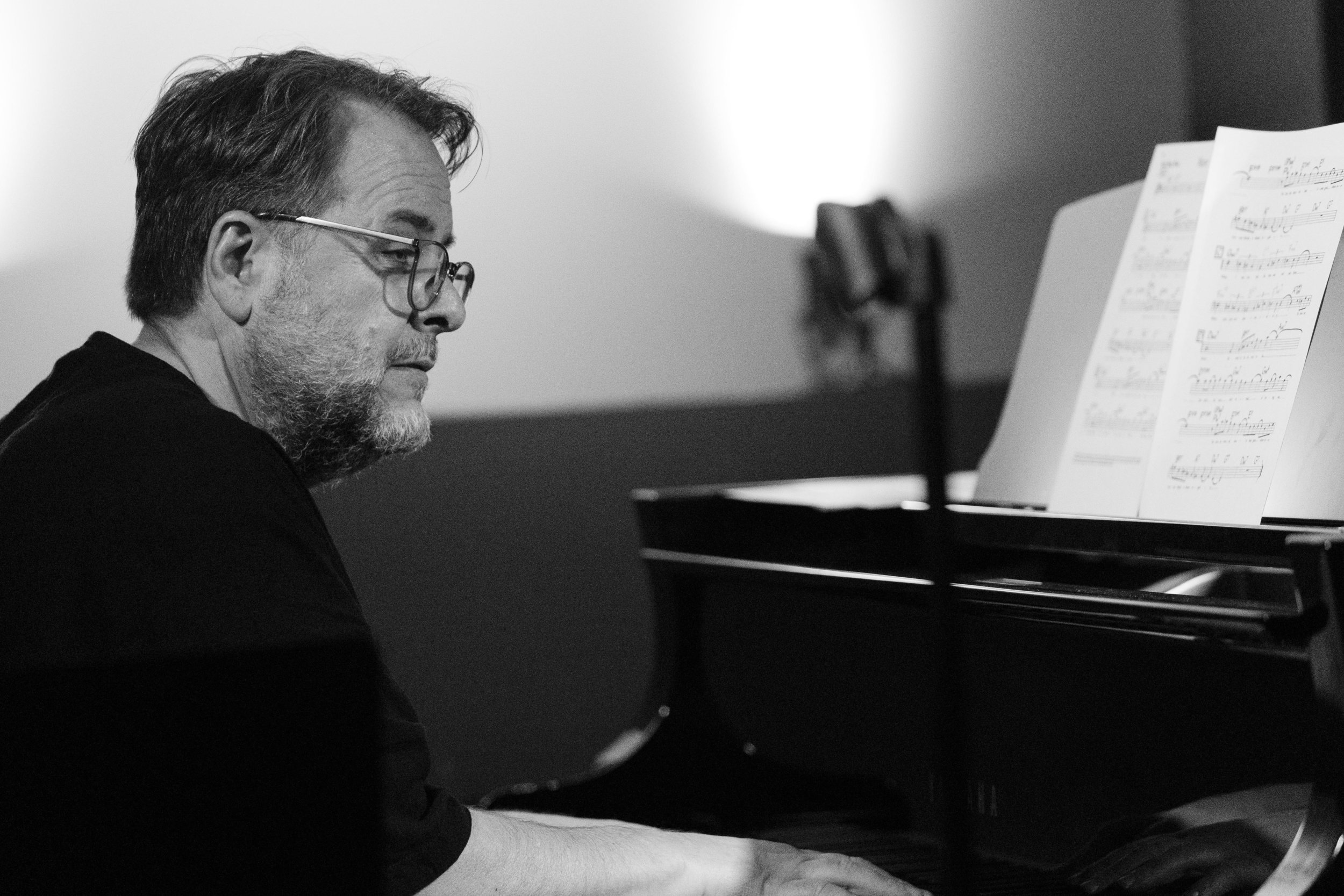 Nick Manson on piano at The Nash Jazz Club - Joseph Berg Photography.