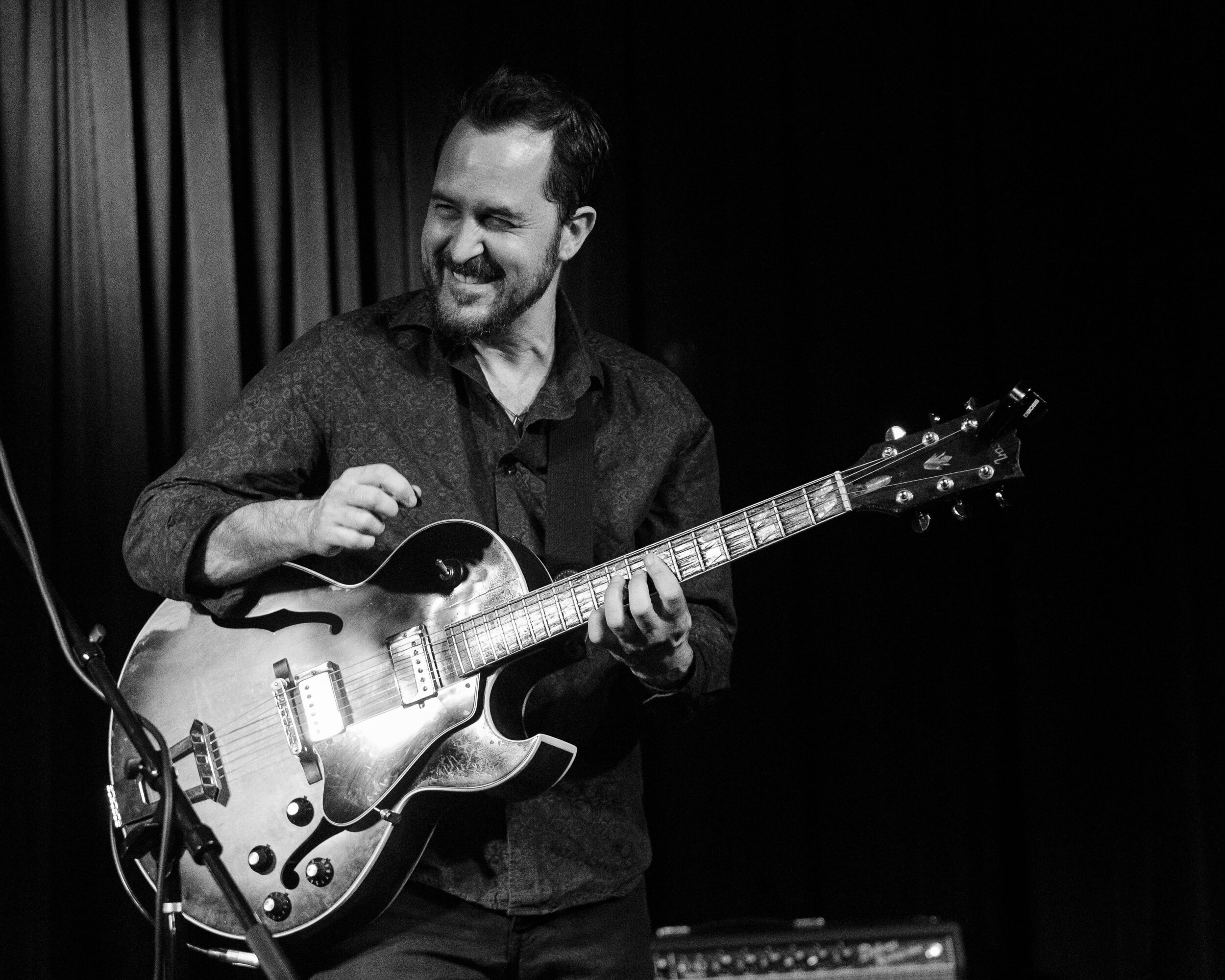 Jonathan Kreisberg on guitar at The Nash Jazz Club with the Jonathan Kreisberg Quartet.