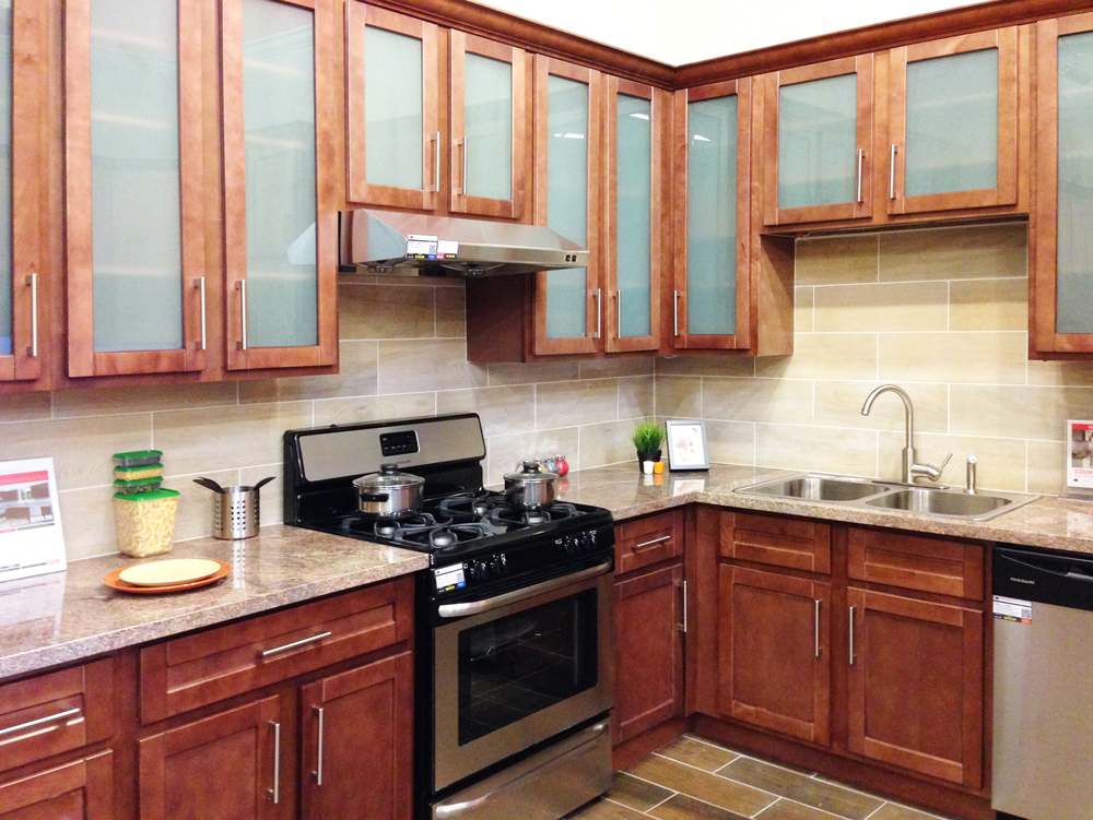 Cabinetry: SHMS096