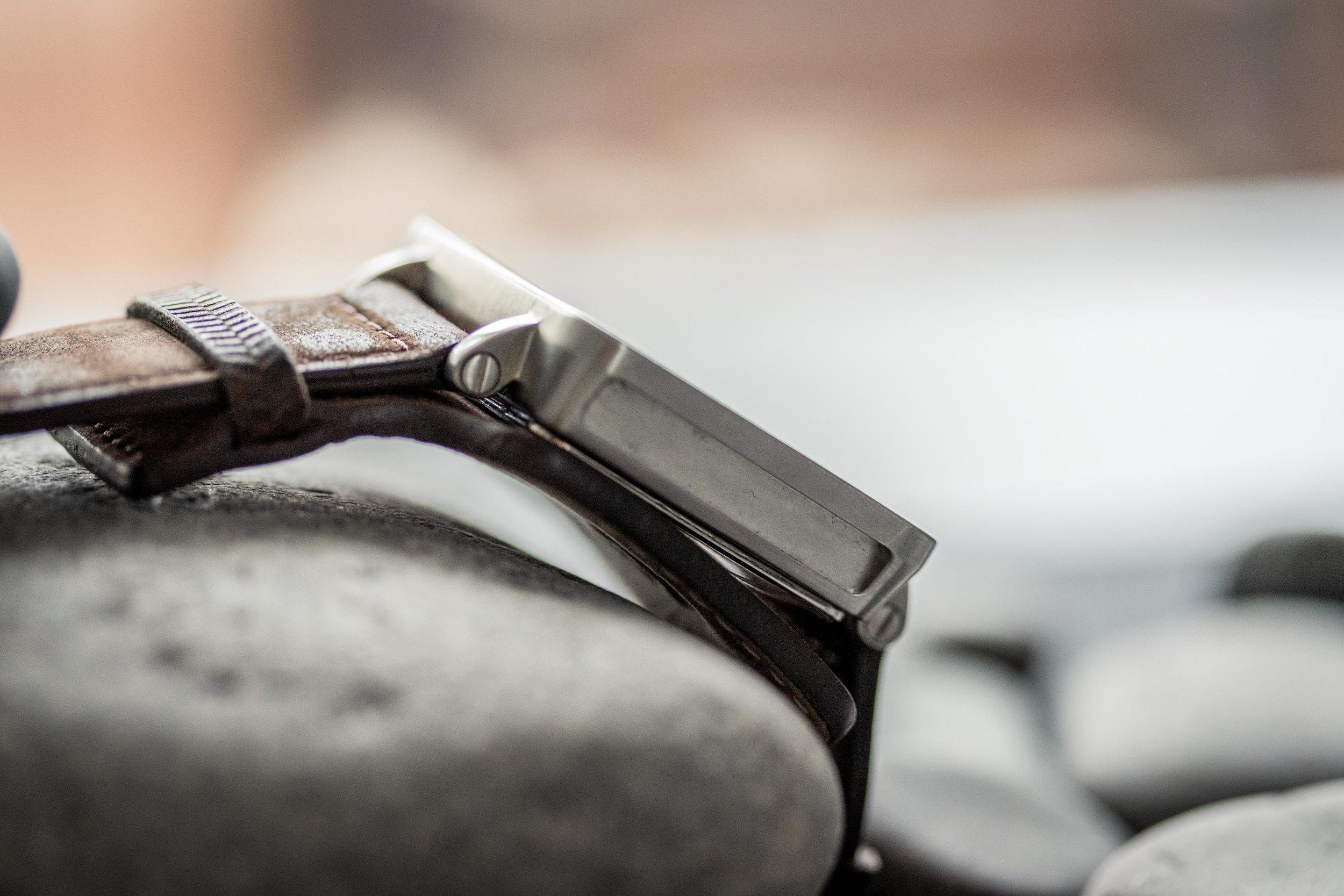 BPP 01 - Wristwatch YT-8.jpg