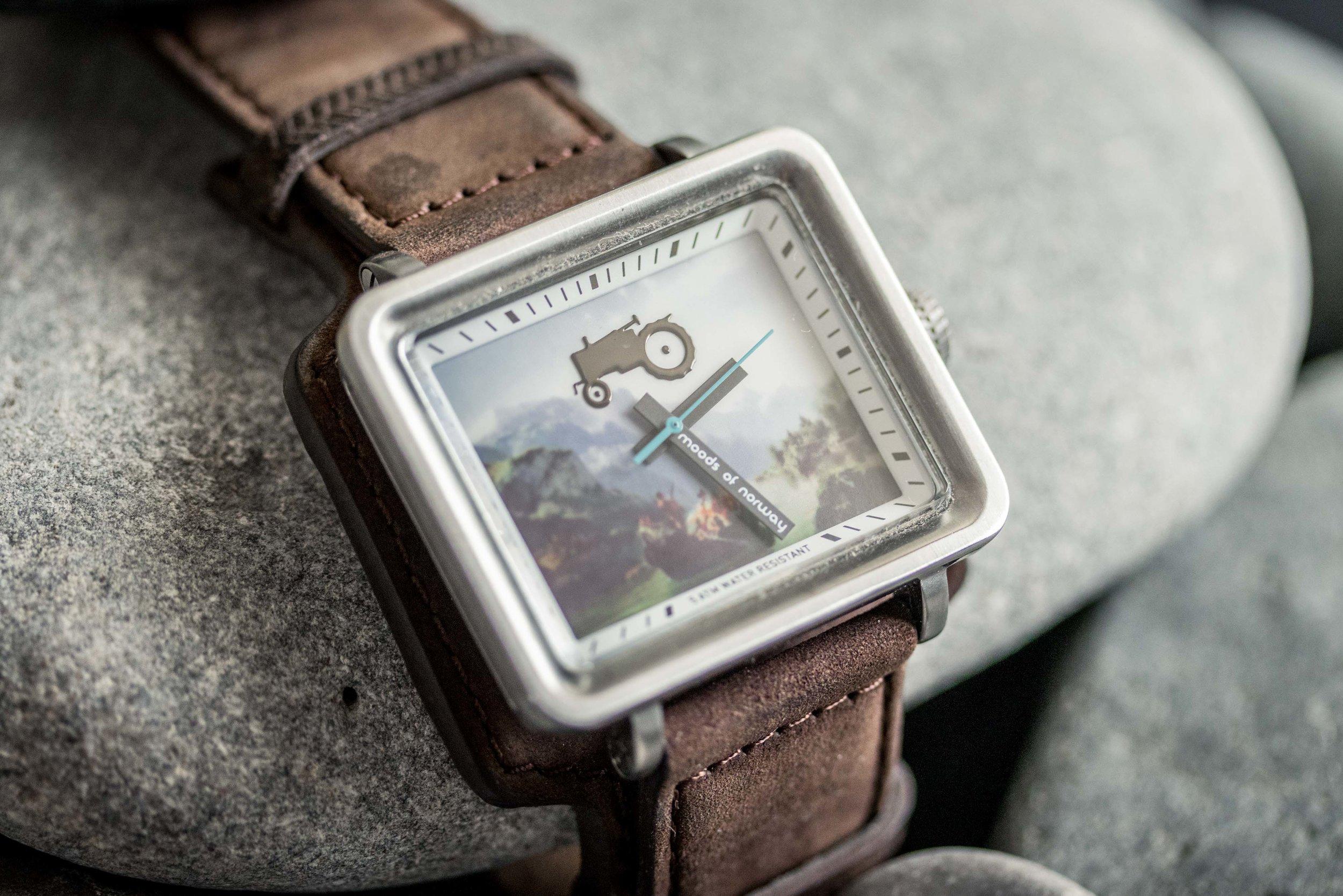 BPP 01 - Wristwatch YT-9.jpg