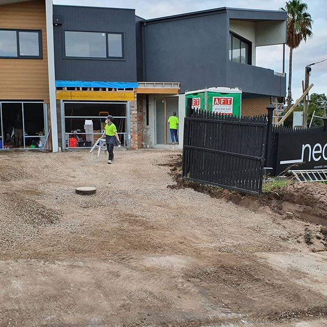 Melbourne has dealt us some harsh weather conditions over recent days. Amongst the rain we've managed to dig out the services for the Sewer, Gas, Electrical and Stormwater as well as prepped the driveways for concrete! Ready to begin the next phase, concrete this week for our friends @_nectaar Thanks for giving us the opportunity to show you what we are capable of 🙌 Watch this space! 👀 #excavator #construction #heavyequipment #heavymachinery #caterpillar #earthmoving #cat #digger #excavation #heavyequipmentlife #komatsu #yanmar#constructionequipment #machinery #truck #melbourneconcretor #earthmover #kobelco #terex #concretelife #excavators #concrete #crane #engineering #skidsteer #bobcat #dirtlife #freightliner #melbourne #melbournebuilders