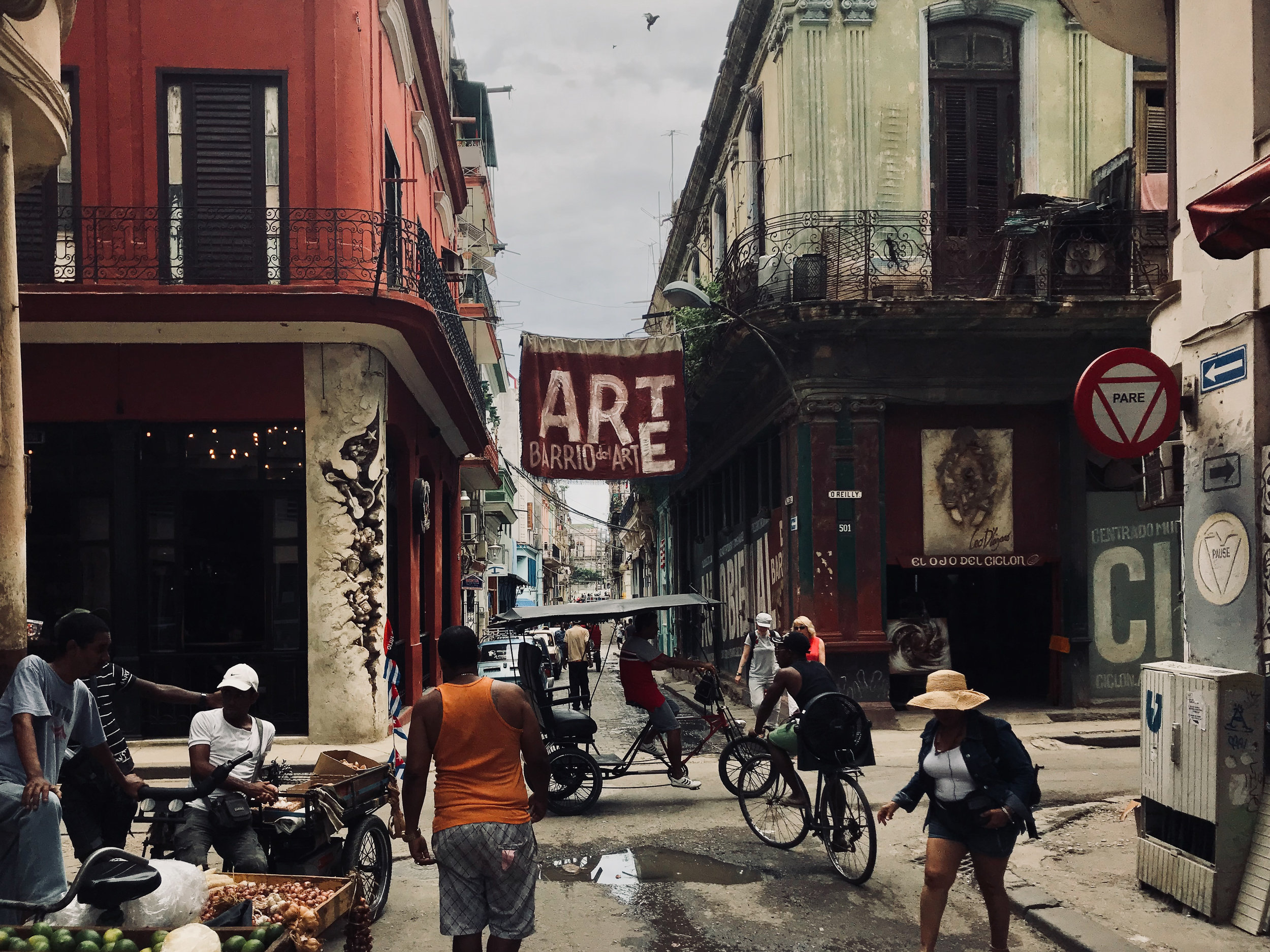 Barrio de arte Havana Cuba.jpg