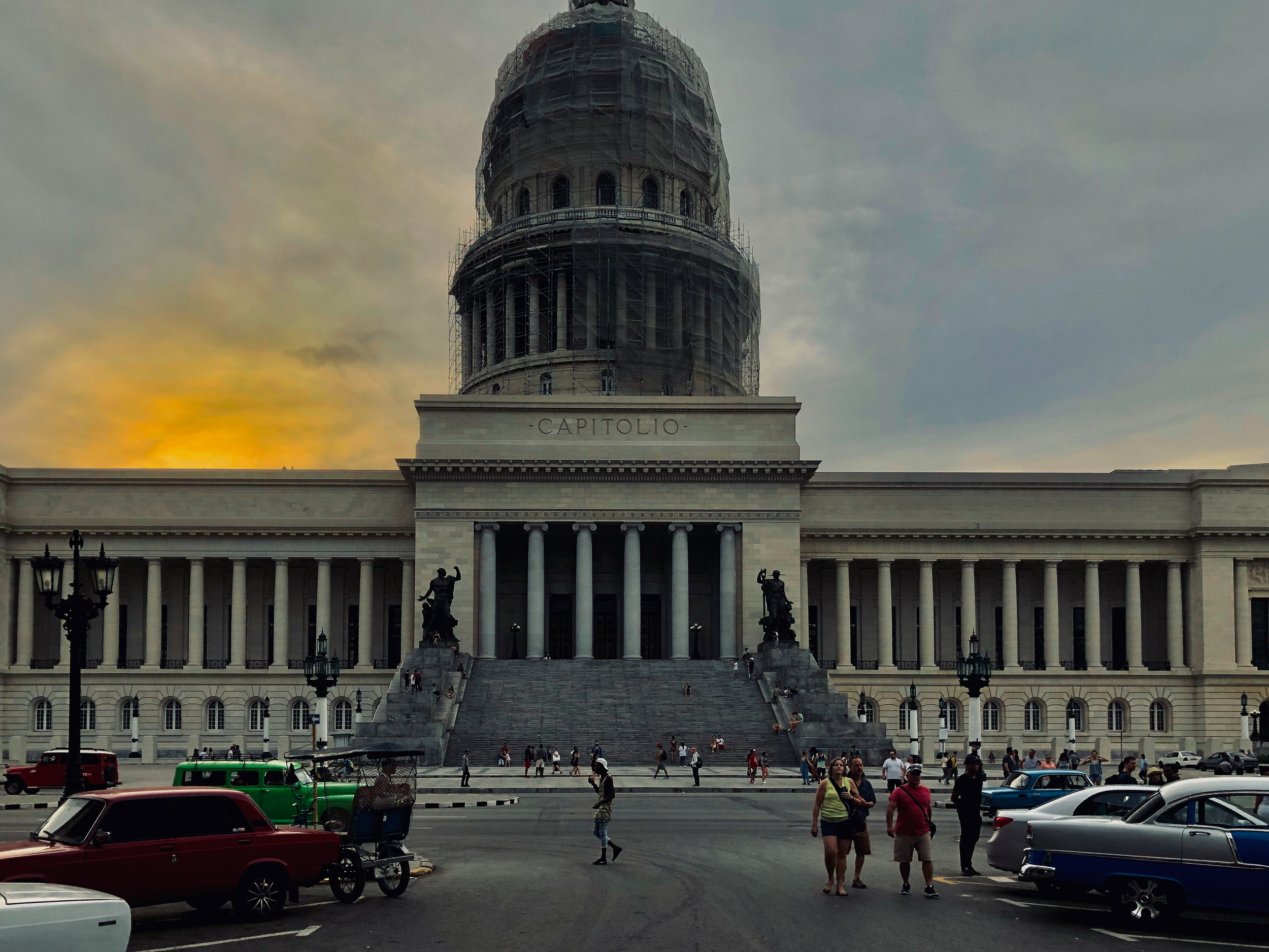 Capitolio sunset.jpg