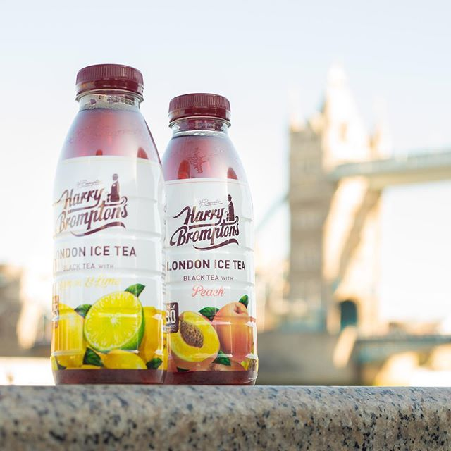 Grab a Harry Bromptons to enjoy in the sun this lunchtime! Find us at @tescofood @bootsuk and online at @amazon 👌🏼☀️ #LondonOnTheGo #HarryBromptons