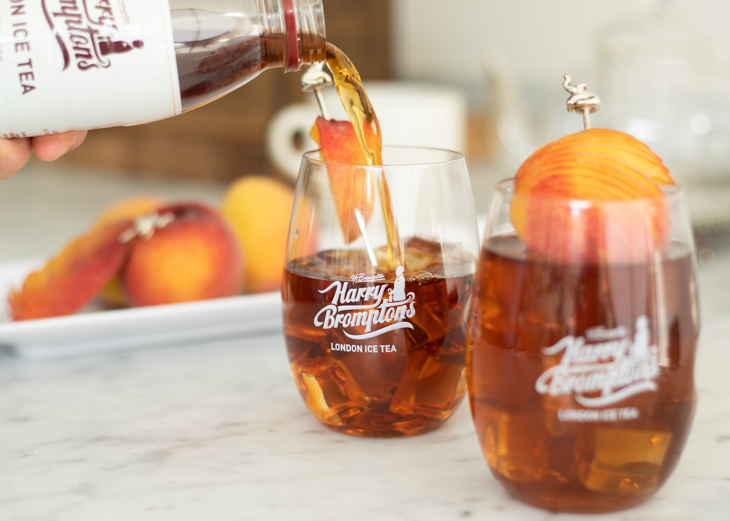BLACK TEAWITHPEACH - Harry's blend of the finest Kenyan black teas infused with succulent peaches.Only 80 calories per bottle.