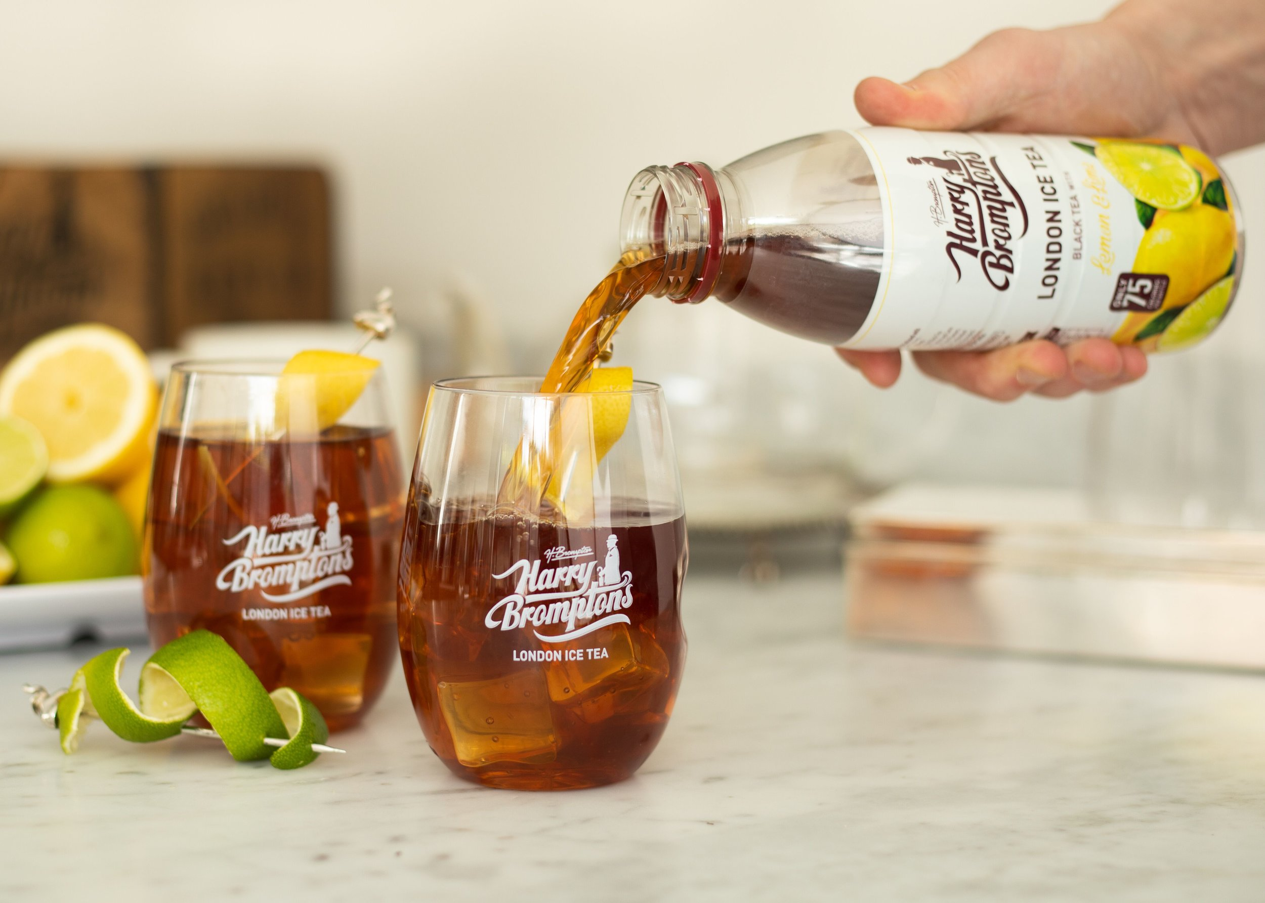 BLACK TEAWITHLEMONAND LIME - Combining juicy Spanish lemons and zesty Mexican limes with the finest full flavoured Kenyan teas results in a mouth-watering way to enjoy your daily tea fix.Only 75 calories per bottle.