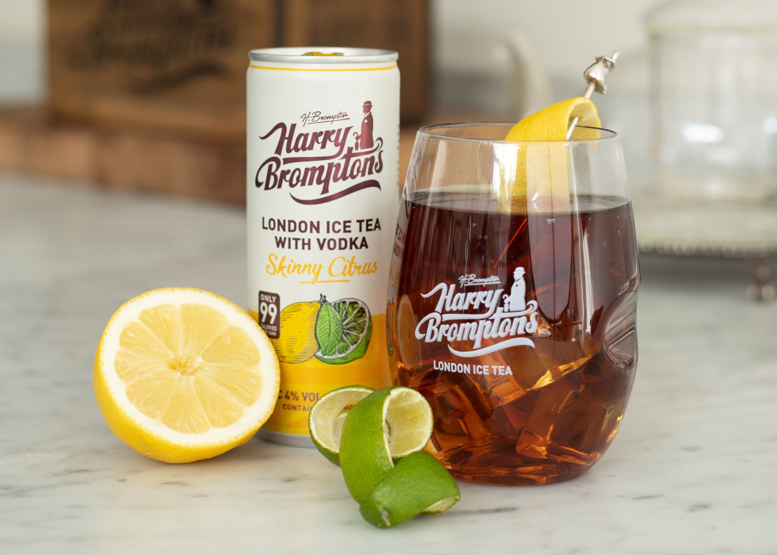 BLACK TEA AND VODKA WITH LEMON & LIME - Skinny Citrus Ice tea with Vodka comes in at 99 calories per can and contains zesty, refreshing lemons and limes.
