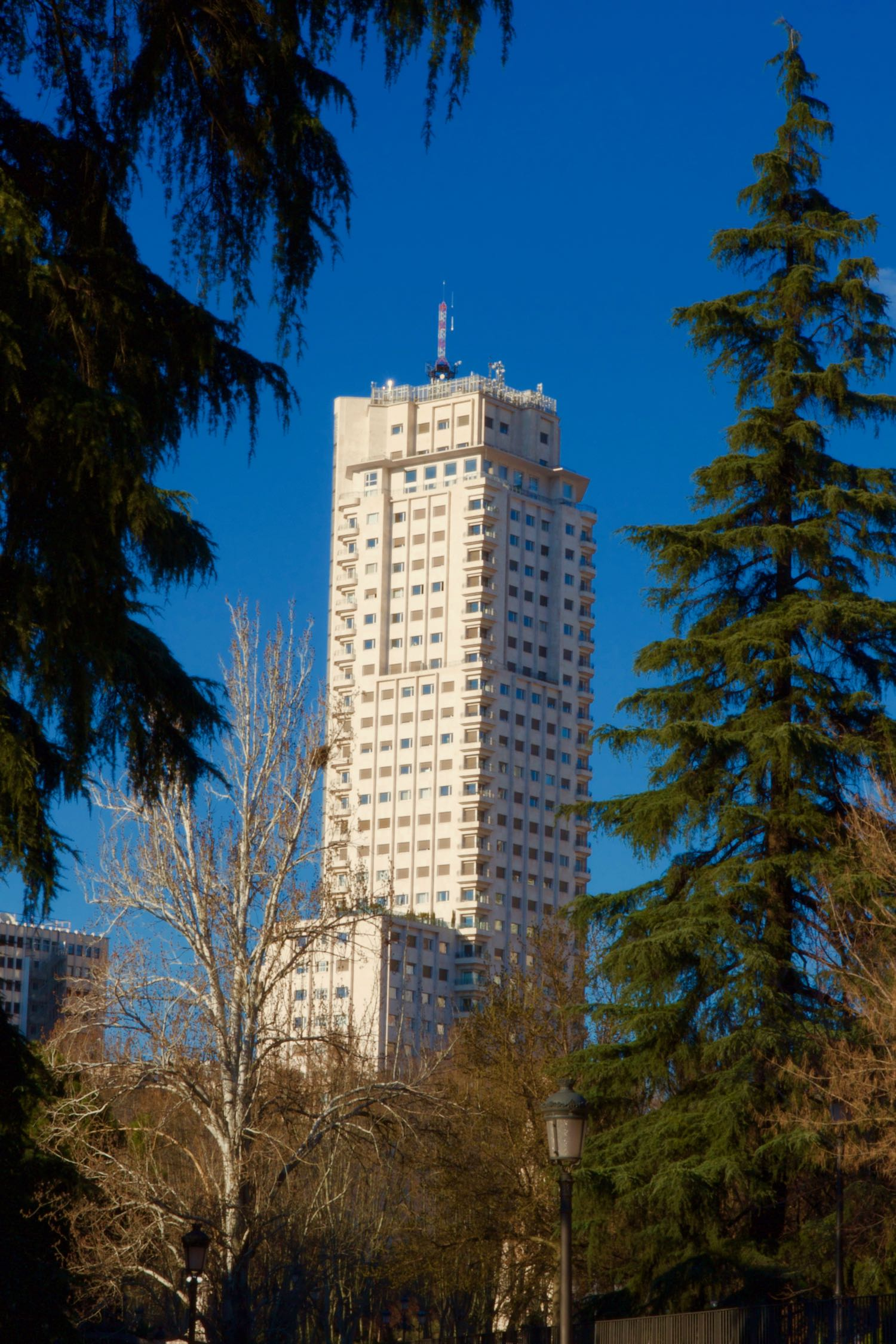 |1957| Torre de Madrid