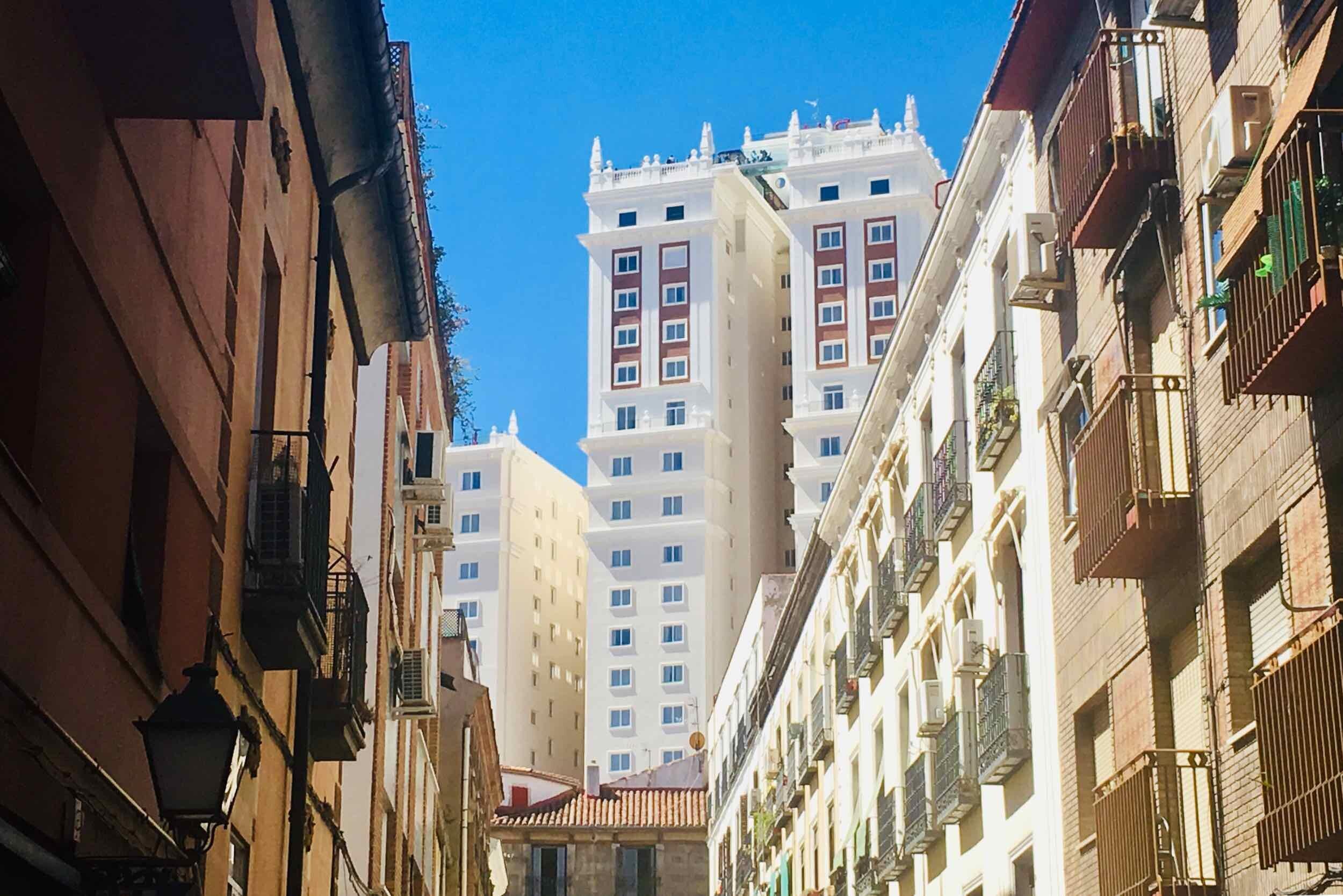hemels-madrid-malasaña-edificio-españa.jpg