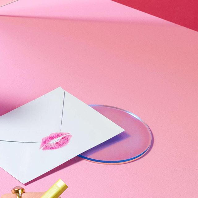 Here's a lil bit of behind-the-scenes intel, ✉️ sealed with a 💋 by yours truly 💌 xx #cbelcreates