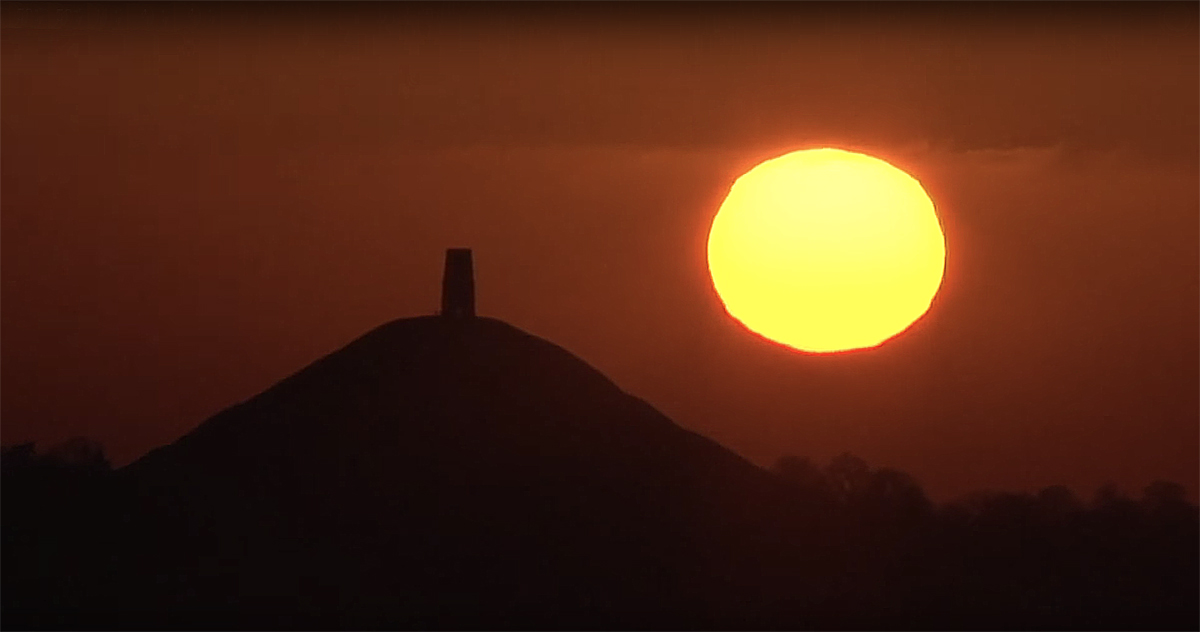 Recording a time-lapse sunset over Glastonbury Tor and then segueing into (1/2)