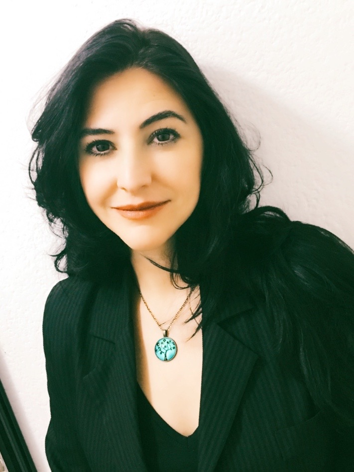 inspiring-girls-mexico-director-Magda-Coss-headshot.jpg