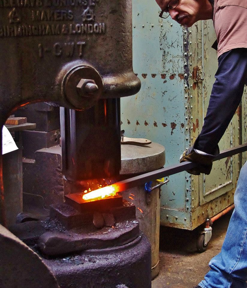 Hot-Metal-Works-Blacksmith-London-Power-Hammer-Artistic-Blacksmith-Neil-Brown.jpg