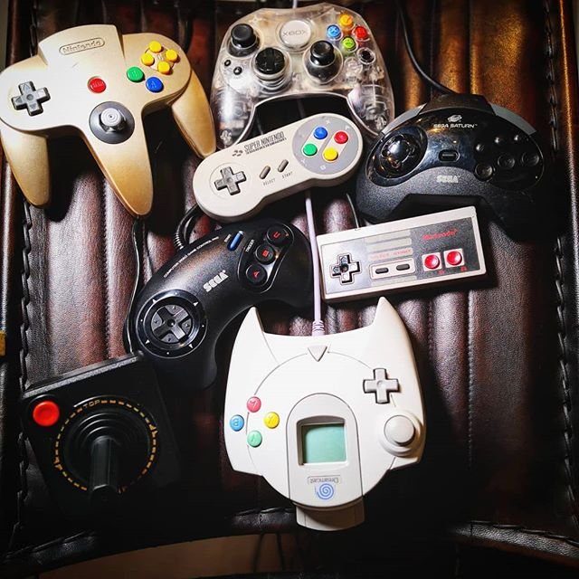Which is your weapon of choice⁉️ 🕹️💥