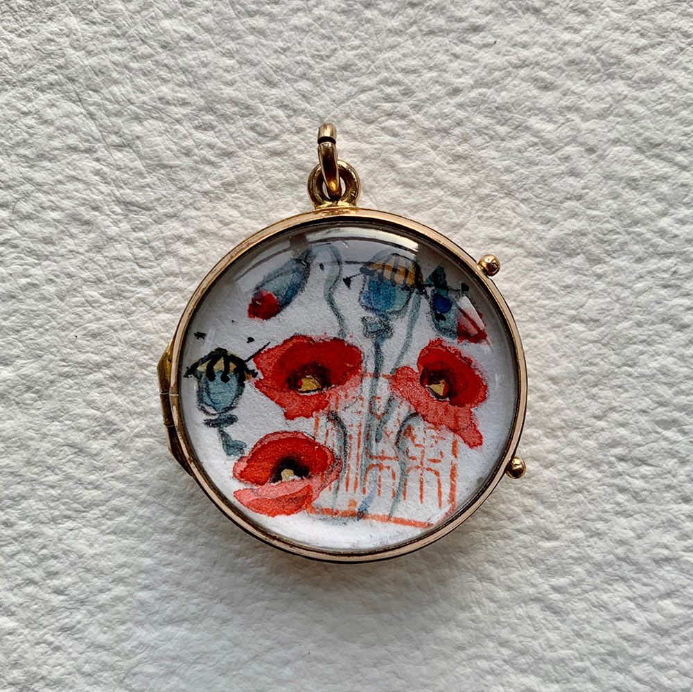 Opening gold locket + domed crystal glass - Poppies